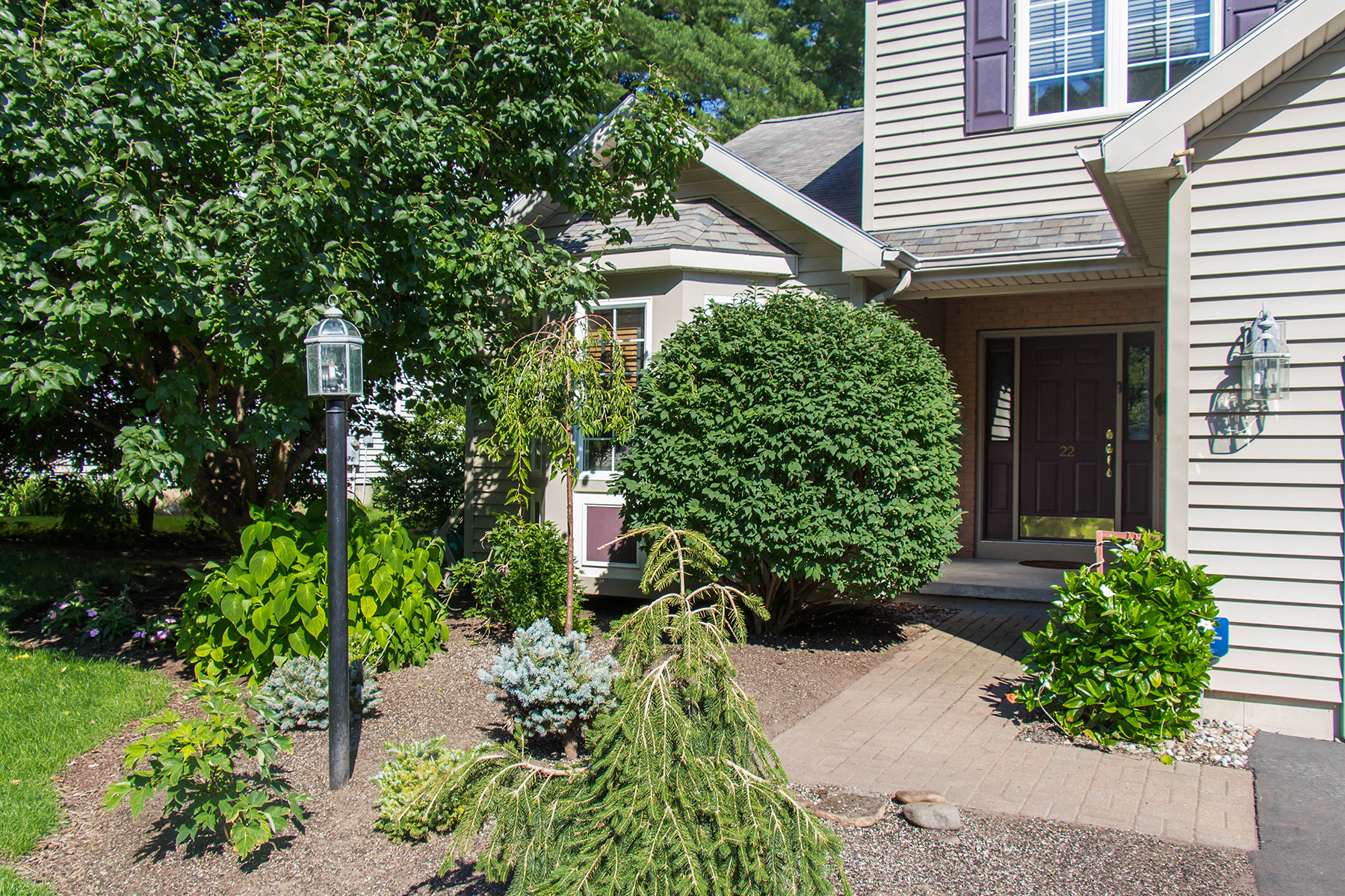 Additional photo for property listing at Summer Wind 22  Waterview Dr Saratoga Springs, New York 12866 United States