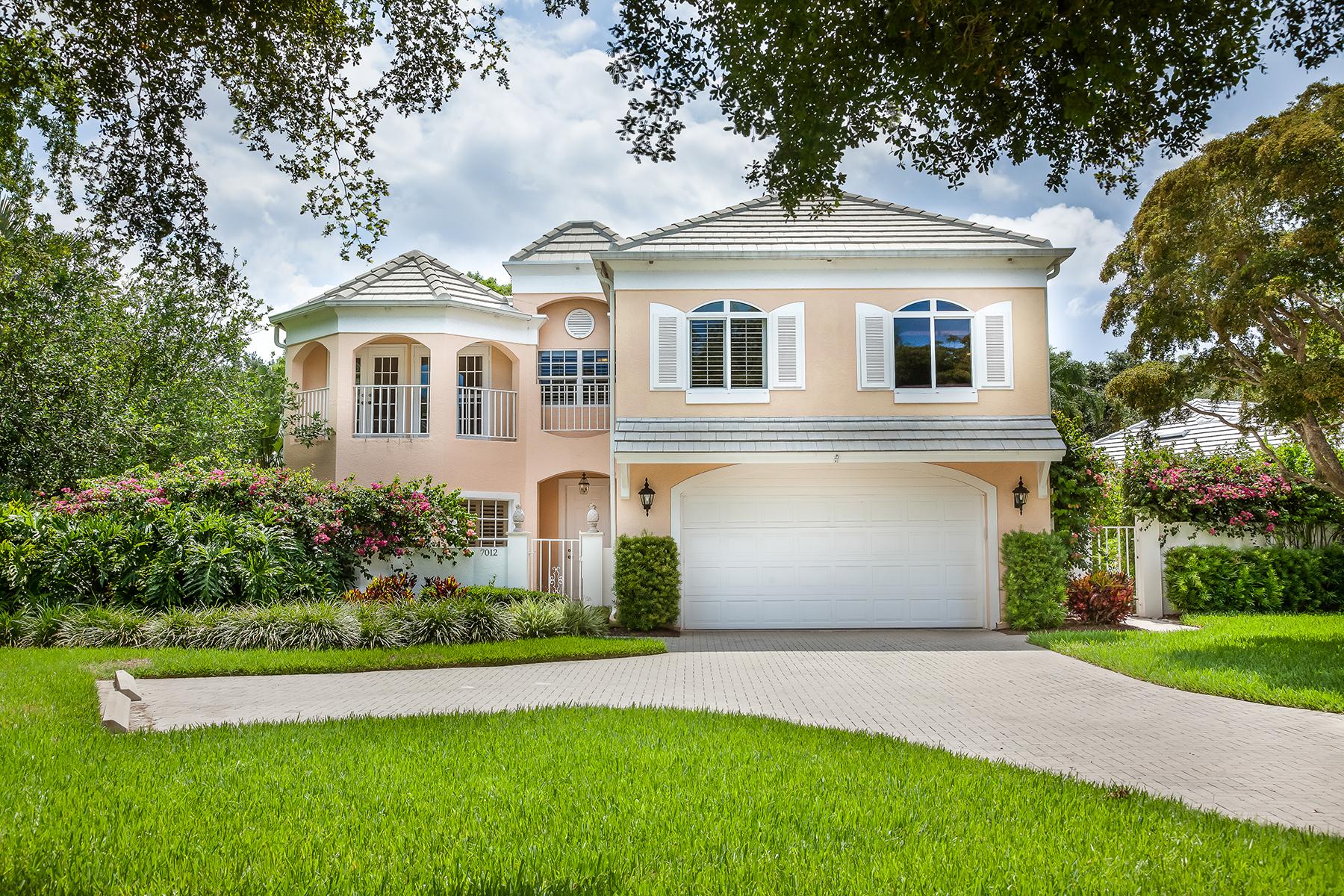 Condominium for Sale at PELICAN BAY - BEAUVILLE 7012 Rue De Marquis E-2.1 Naples, Florida, 34108 United States