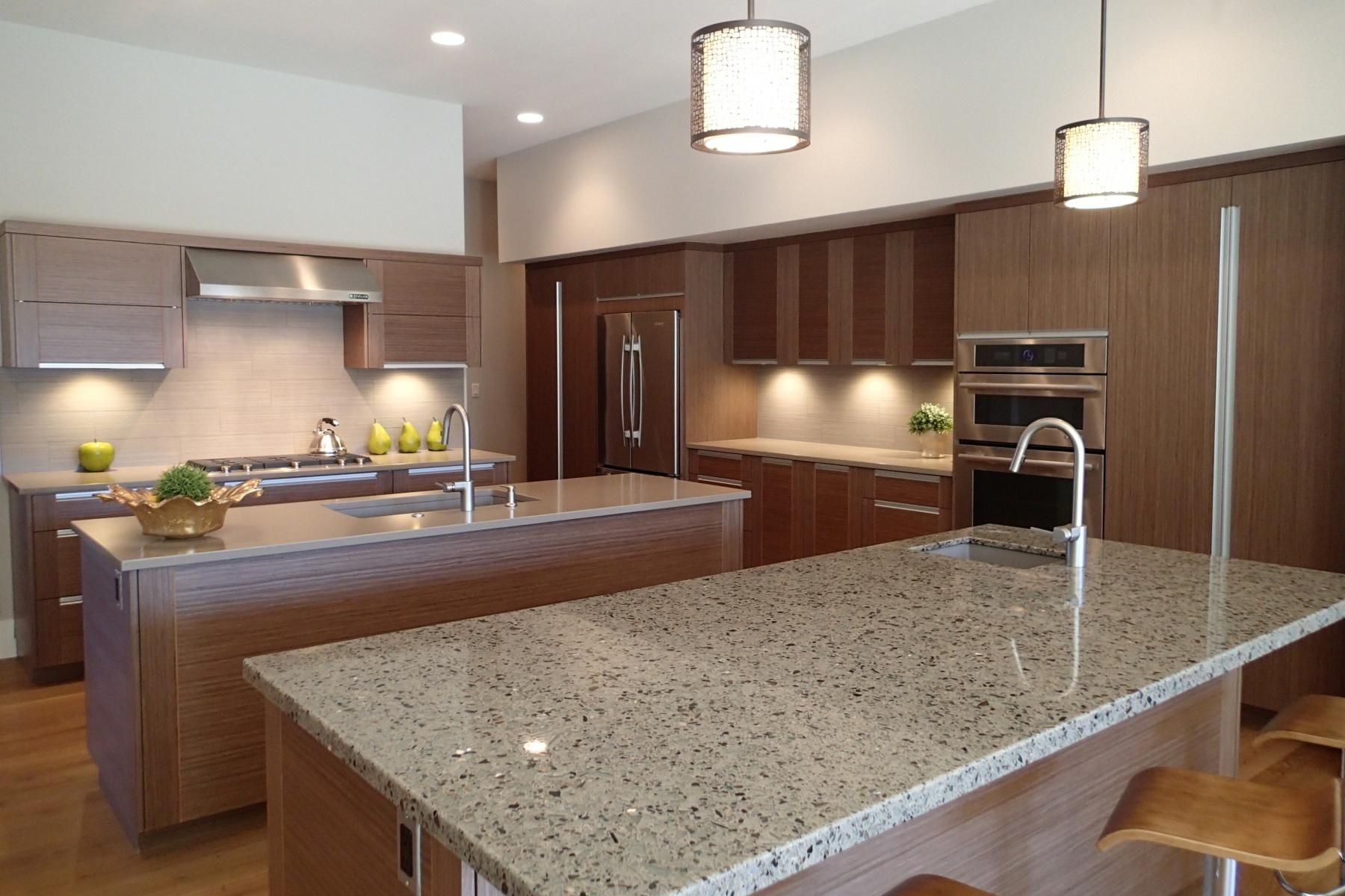 联栋屋 为 销售 在 Tripleknot Single Level - Mountain Views 19300 Eaton Lane Lot 26 本德, 俄勒冈州, 97702 美国