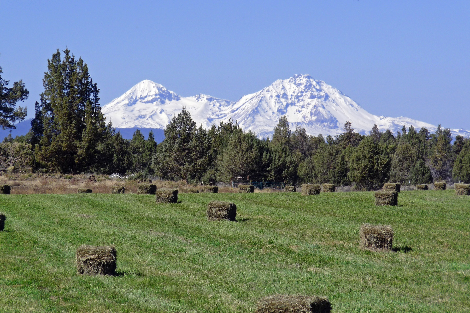 Moradia para Venda às 23636 Ten Barr Trail 23636 Ten Barr Trl Bend, Oregon 97701 Estados Unidos