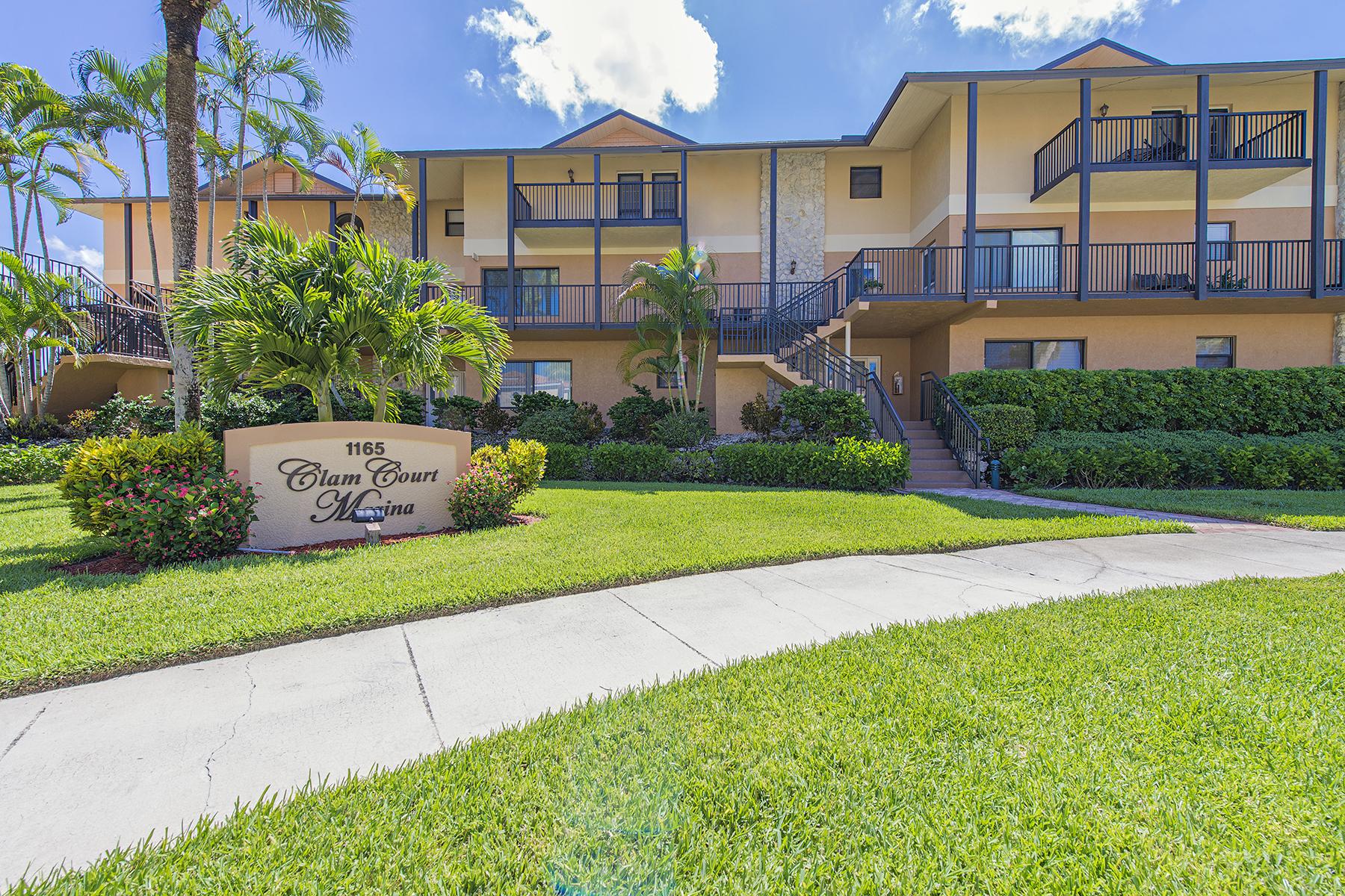 タウンハウス のために 売買 アット ROYAL HARBOR 1165 Clam Ct 9 Naples, フロリダ 34102 アメリカ合衆国