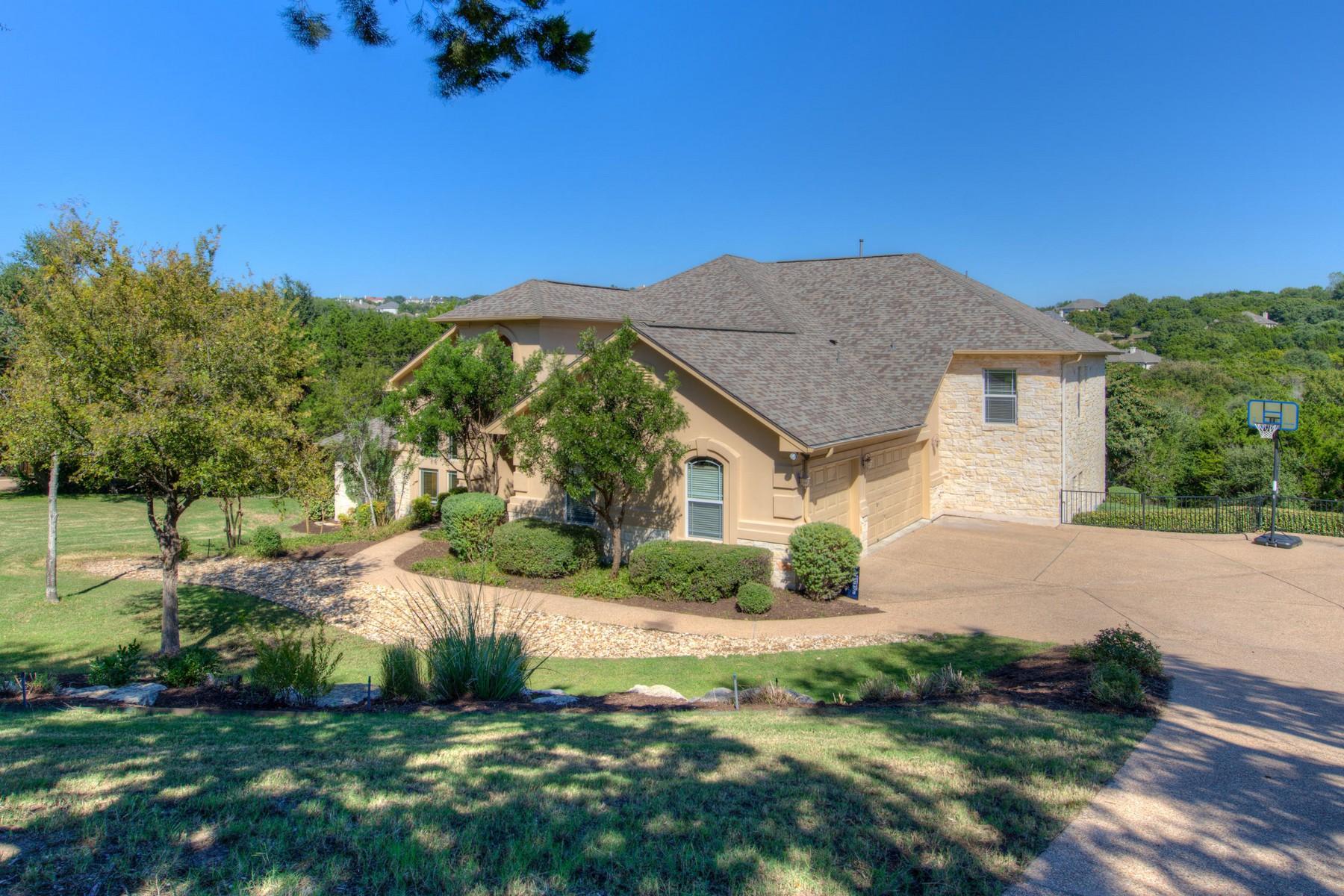 Nhà ở một gia đình vì Bán tại Two-Story Near Greenbelt on Westminster Glen 9907 Westminster Glen Ave Austin, Texas 78730 Hoa Kỳ