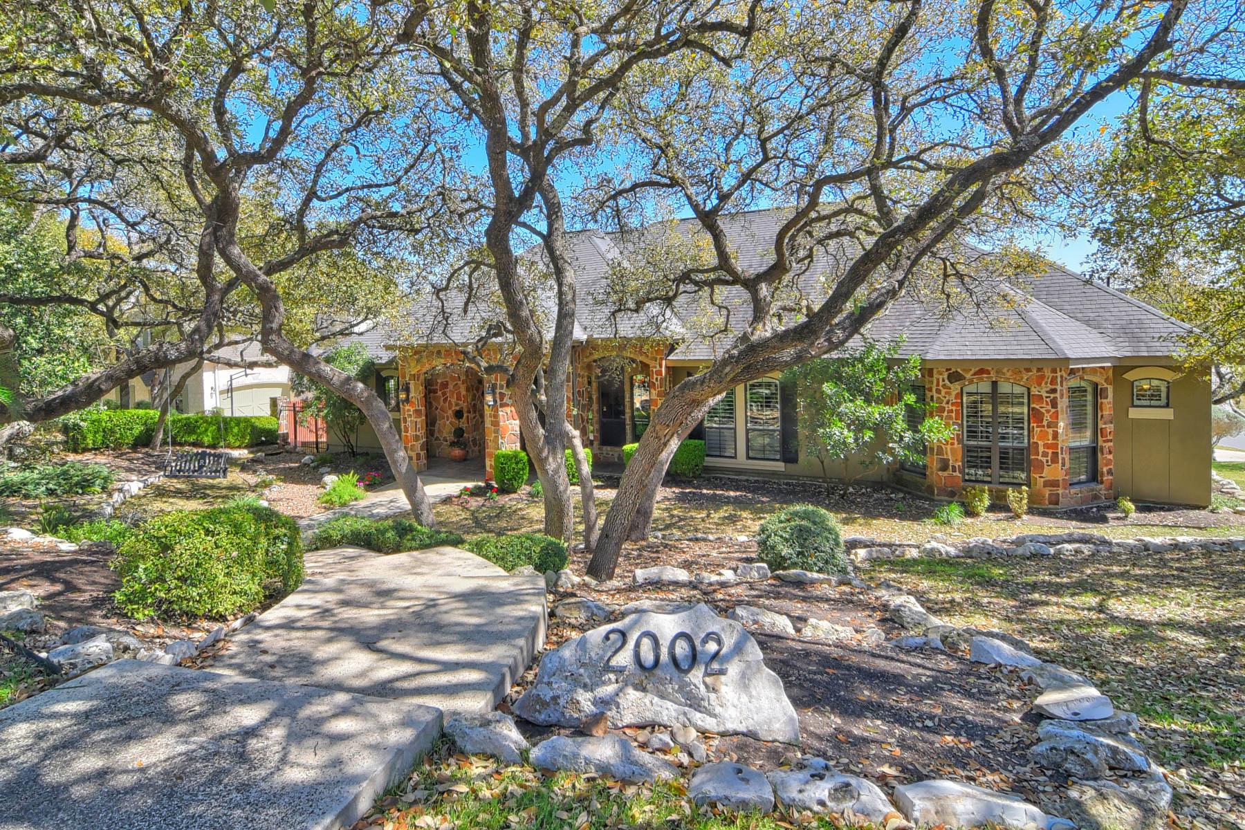 Single Family Home for Sale at Classic Elegance in Summerglen 2002 Sawgrass Ridge Summerglen, San Antonio, Texas, 78260 United States