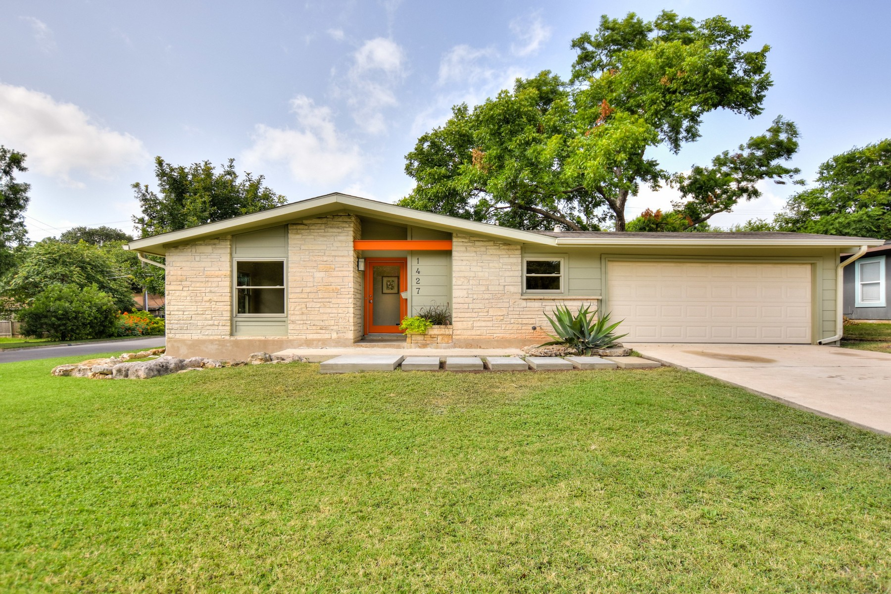 Single Family Home for Sale at Gaston Park Style 1427 Yorkshire Dr Austin, Texas 78723 United States