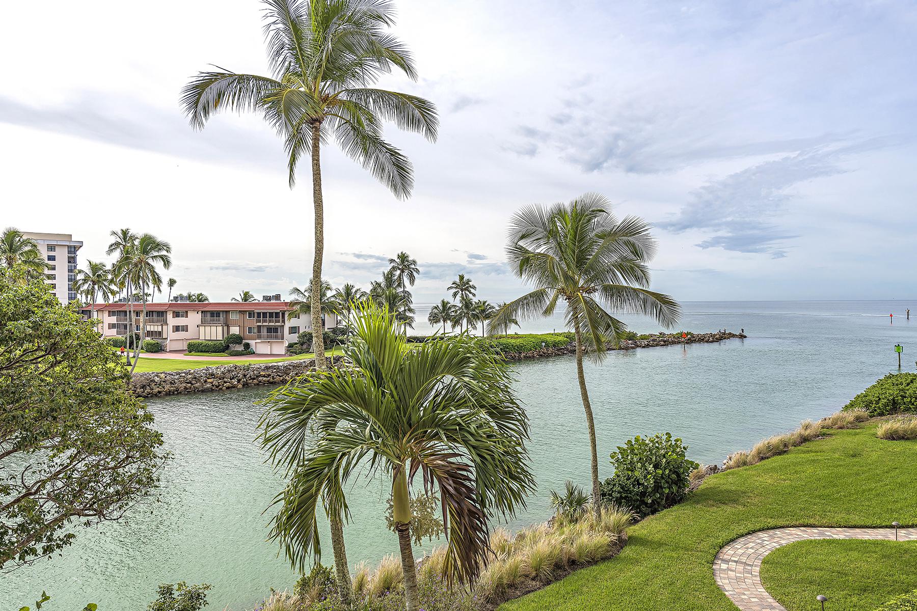 Condominium for Sale at Naples 2326 Gulf Shore Blvd N 310 Naples, Florida, 34103 United States