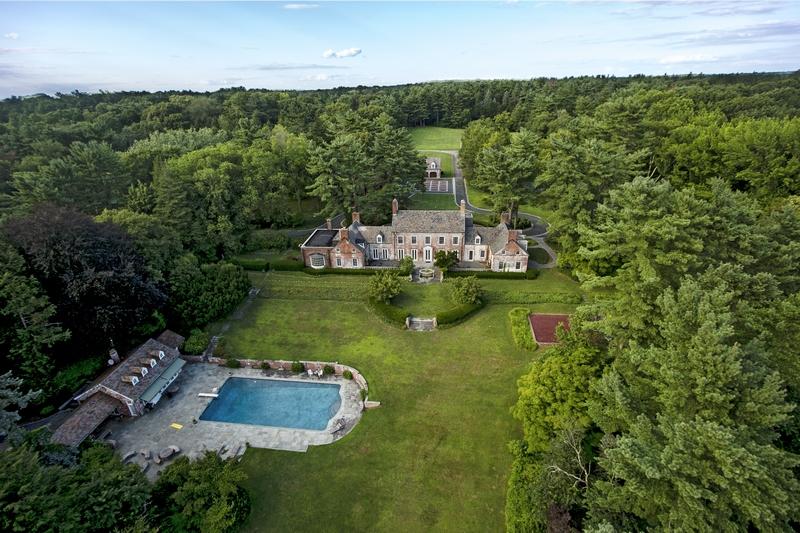 Casa para uma família para Venda às Sunninghill Old Brookville, Nova York 11545 Estados Unidos
