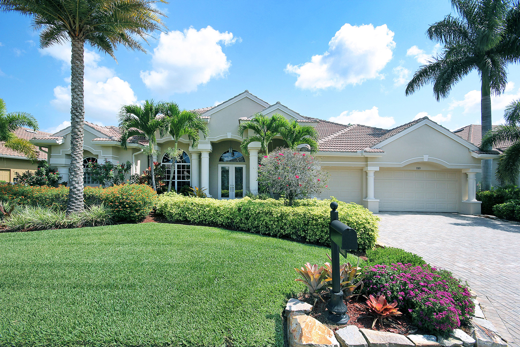 sales property at FORT MYERS