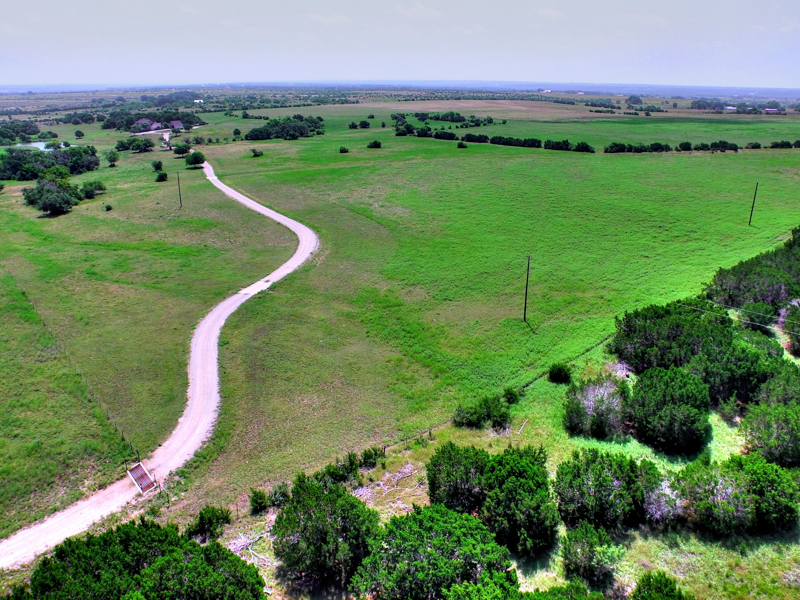 Additional photo for property listing at Gorgeous Ranch in Burnet 1435 CR 200A Burnet, Texas 78611 Estados Unidos