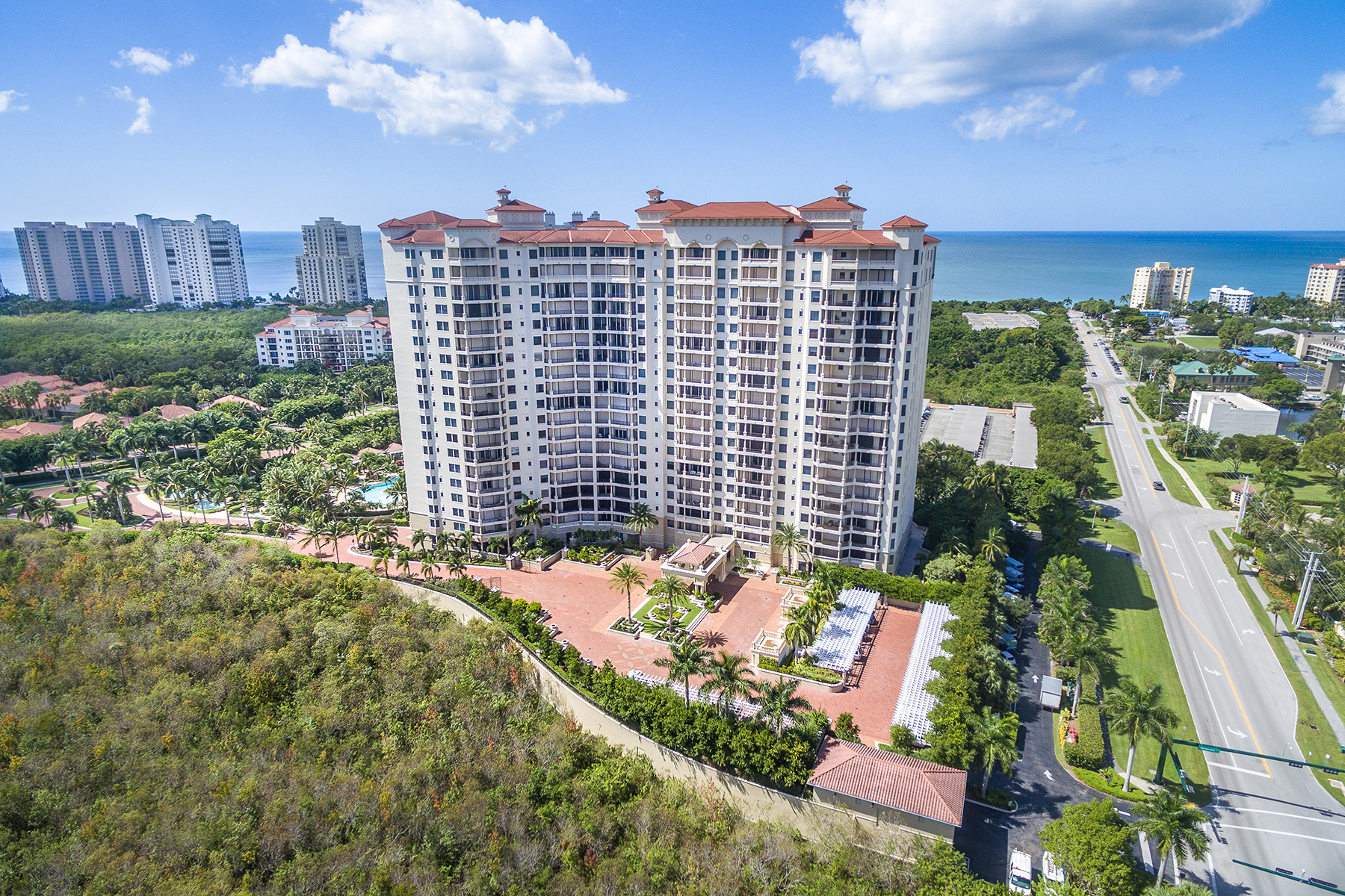 sales property at PELICAN BAY - TRIESTE