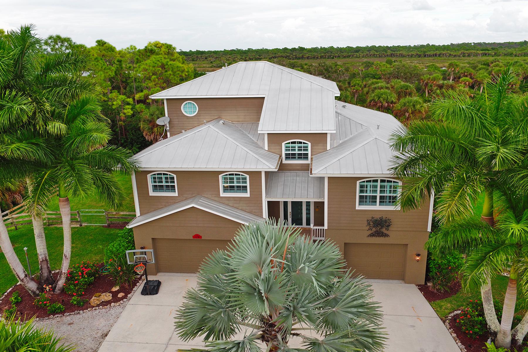 独户住宅 为 销售 在 MYAKKA RIVER TRAILS 528 N River Rd Venice, 佛罗里达州 34293 美国