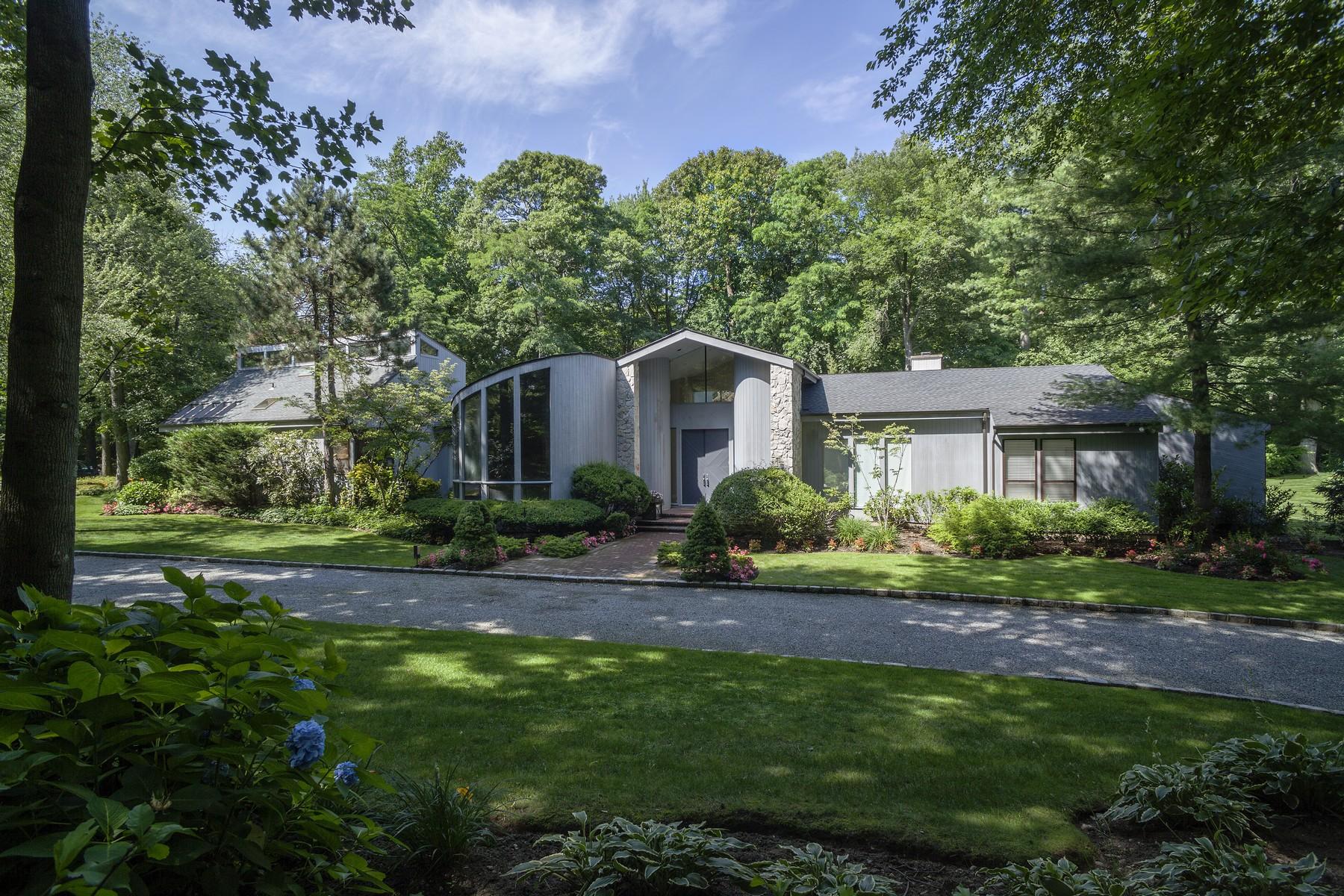 Casa para uma família para Venda às Modern 3 Windsor Dr Old Westbury, Nova York 11568 Estados Unidos