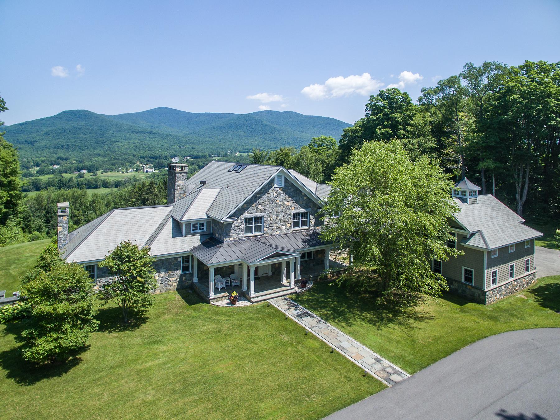 Casa Unifamiliar por un Venta en 300 Nims Road, Dorset 300 Nims Rd Dorset, Vermont 05251 Estados Unidos