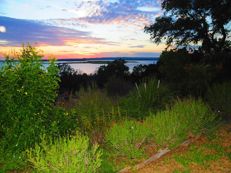 Villa per Vendita alle ore Views for Miles Overlooking Lake Buchanan 4070 Sunset Cliff Burnet, Texas 78611 Stati Uniti