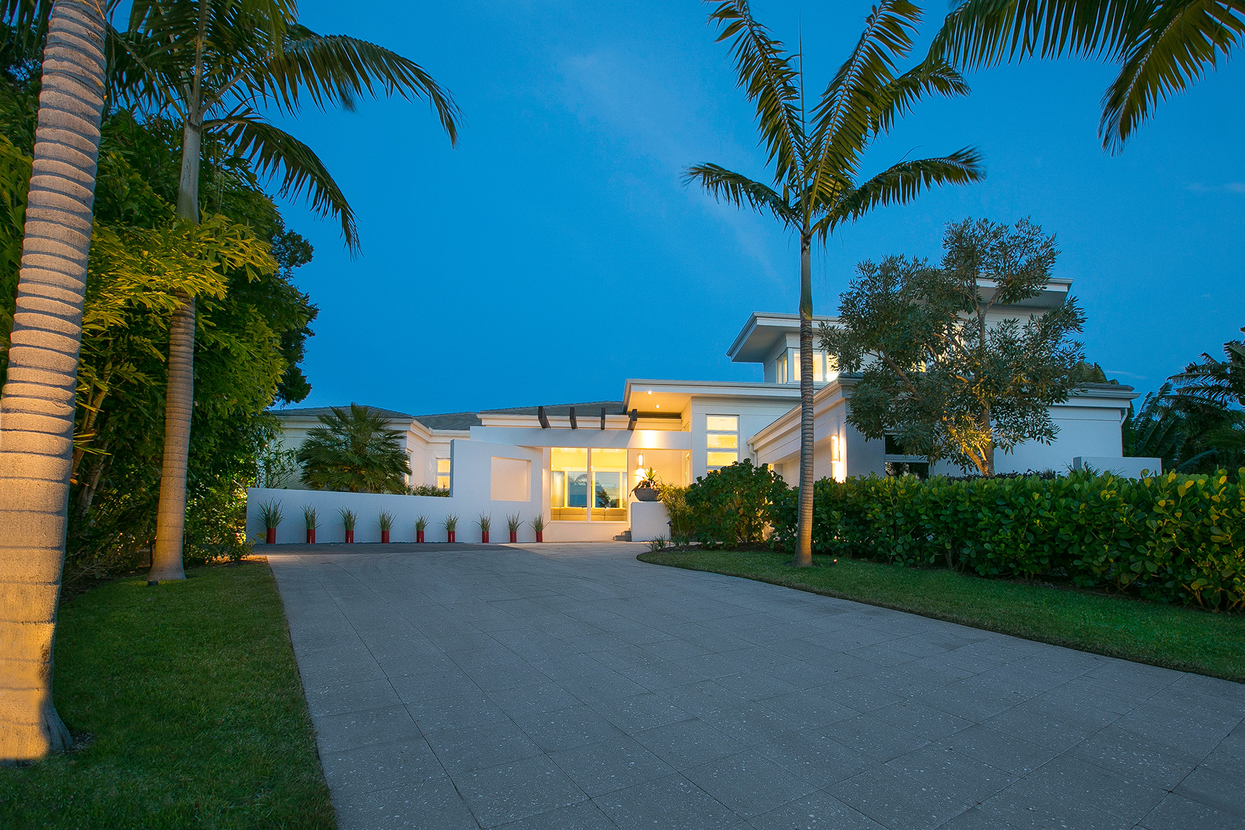 Single Family Home for Sale at BAY ISLES 530 Harbor Gate Way Longboat Key, Florida, 34228 United States