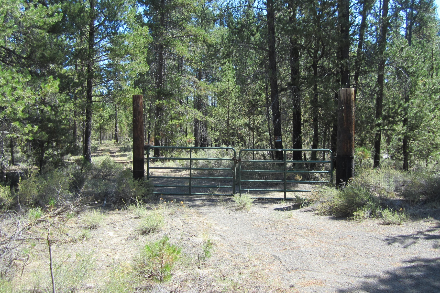 Terreno por un Venta en Beautiful 10 Acre Building Site 0 Del Pino Dr Lot 00200 La Pine, Oregon, 97739 Estados Unidos