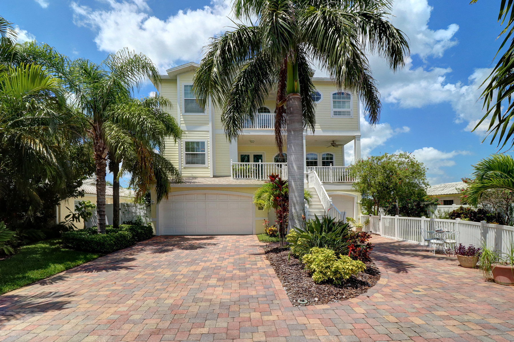 sales property at INDIAN ROCKS BEACH