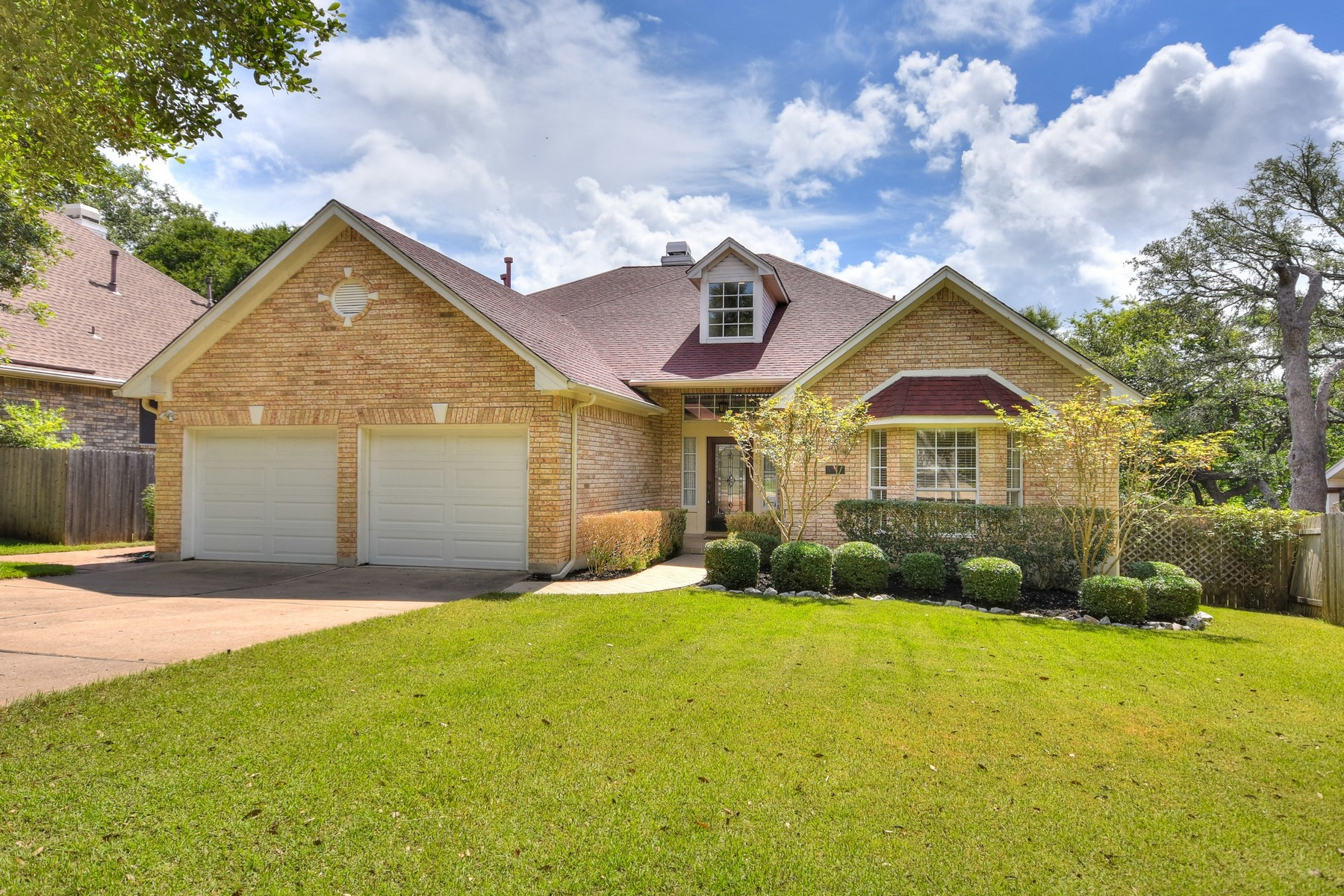 Single Family Home for Sale at Stylishly Updated in Circle C 5900 Back Bay Ln Austin, Texas 78739 United States