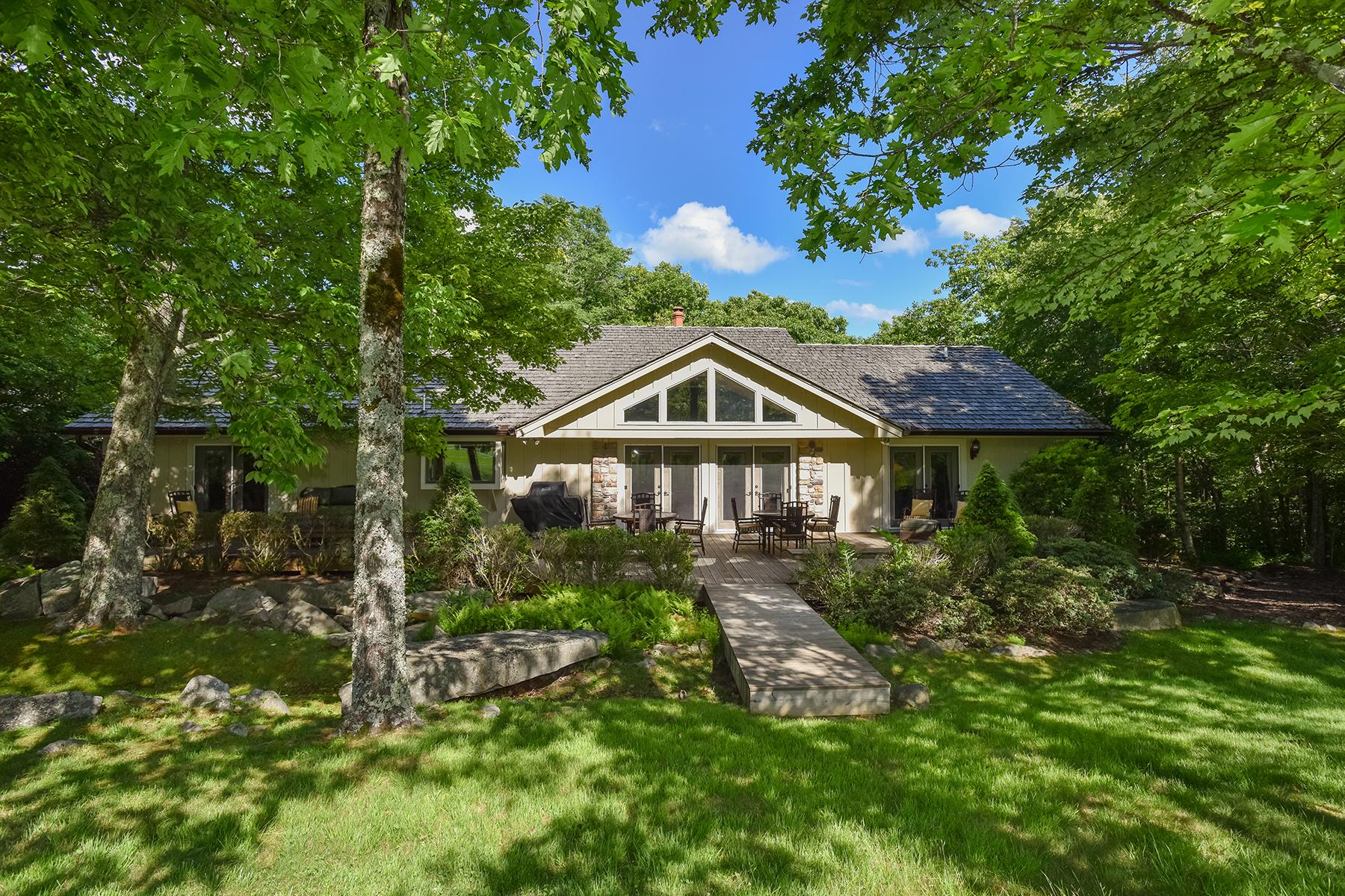 獨棟家庭住宅 為 出售 在 LINVILLE RIDGE 404 Ridge Drive Linville, 北卡羅來納州 28646 美國