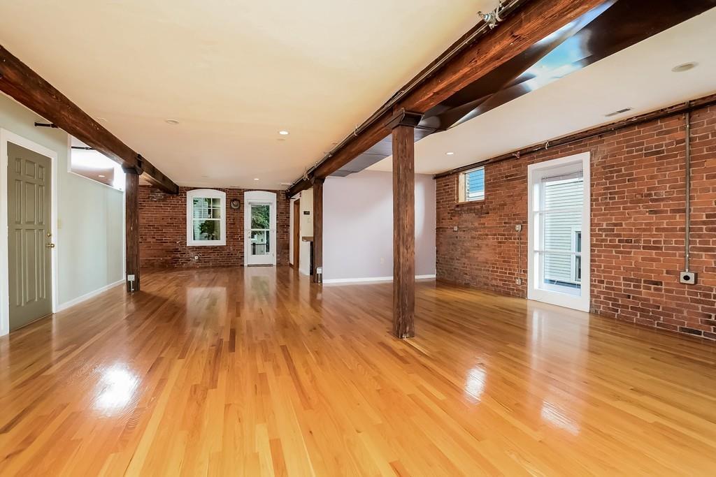 Tek Ailelik Ev için Satış at 14 Meehan St, Boston Boston, Massachusetts, 02130 Amerika Birleşik Devletleri
