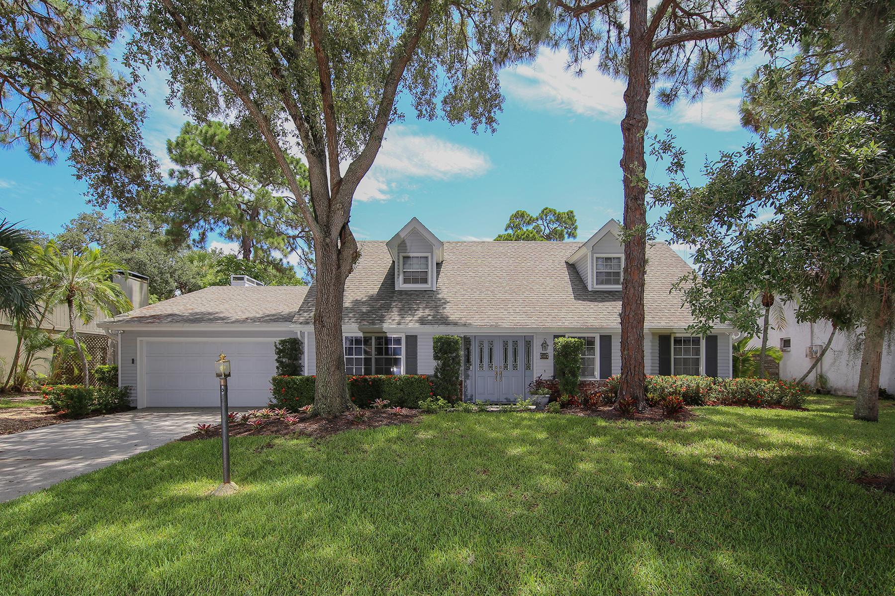 단독 가정 주택 용 매매 에 BENEVA WOODS 5514 Beneva Woods Cir Sarasota, 플로리다, 34233 미국
