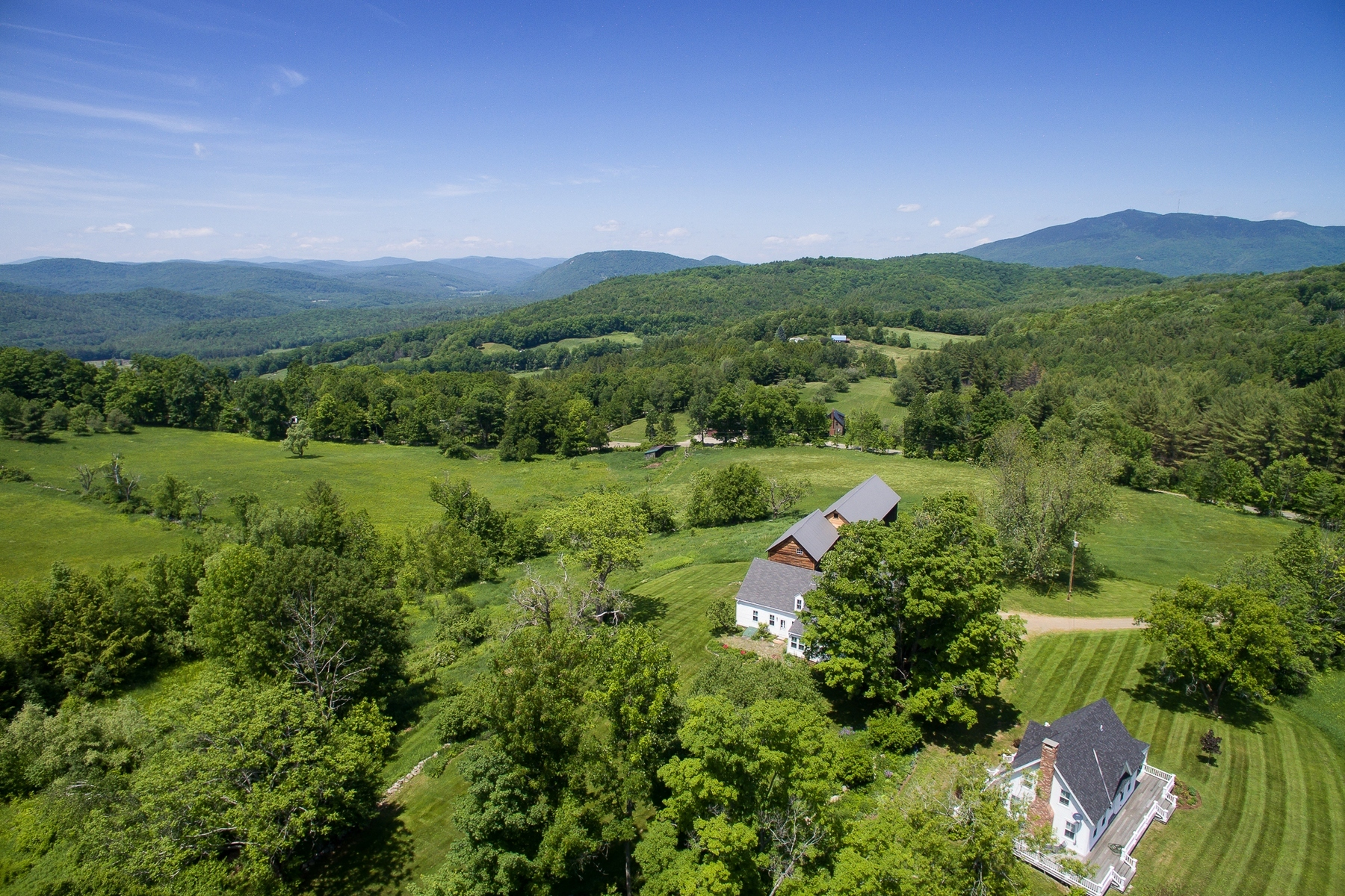 Single Family Home for Sale at Barnswallow Farm 70/71 Hoisington Weathersfield, Vermont 05151 United States
