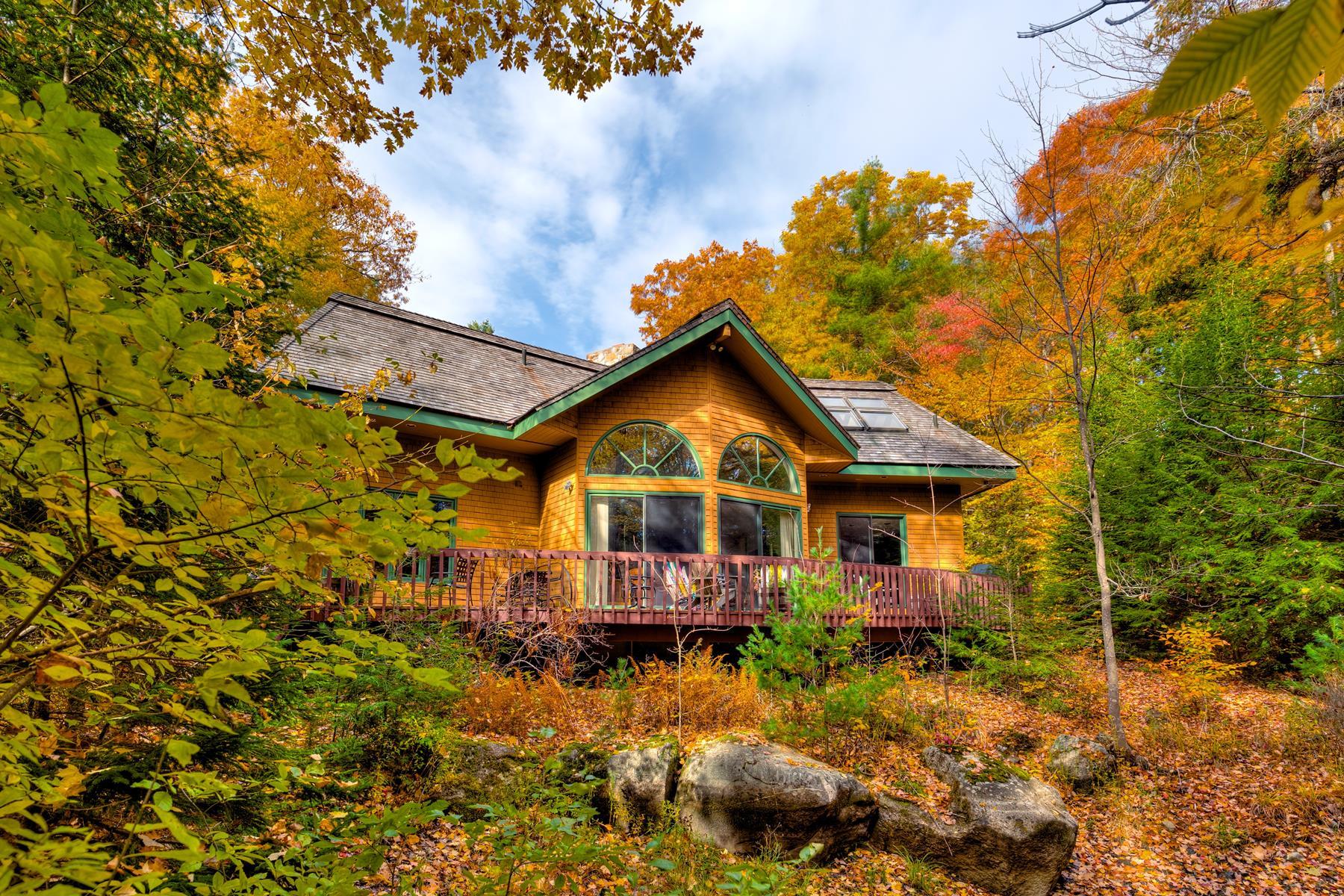 Частный односемейный дом для того Продажа на 37 Fox Run Road, Sunapee 37 Fox Run Rd Sunapee, Нью-Гэмпшир, 03782 Соединенные Штаты