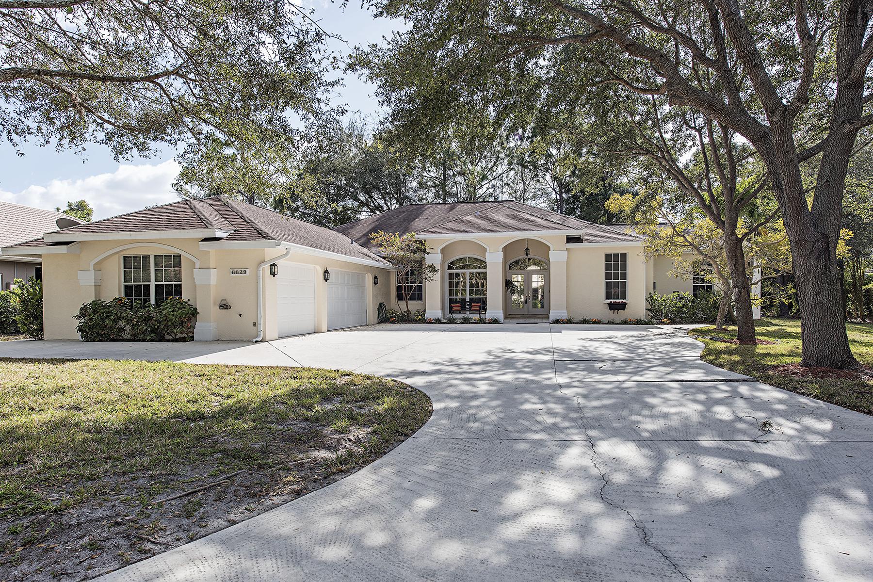 단독 가정 주택 용 매매 에 MILL RUN 6629 New Haven Cir Naples, 플로리다, 34109 미국