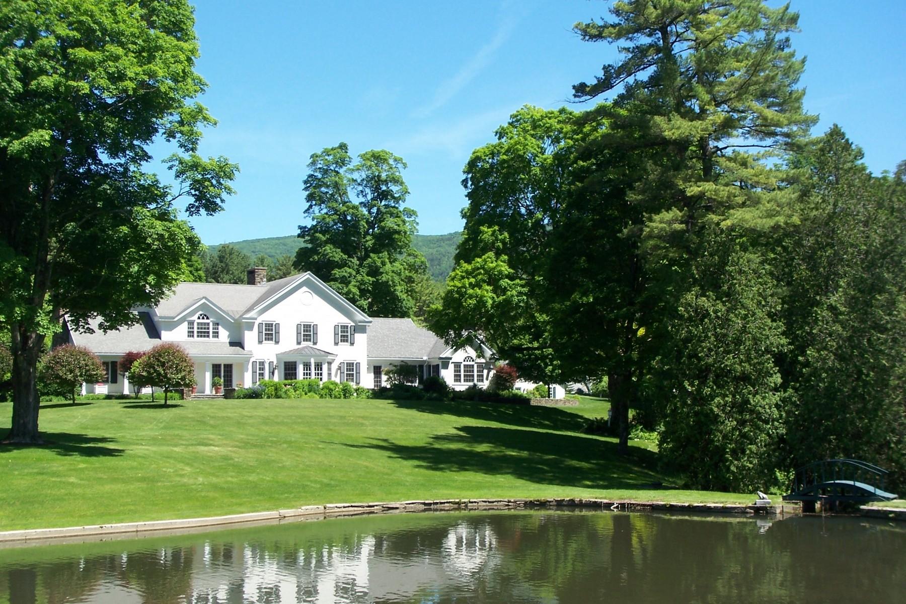 Casa Unifamiliar por un Venta en Cascades 155 Cascades Rd Manchester, Vermont 05254 Estados Unidos