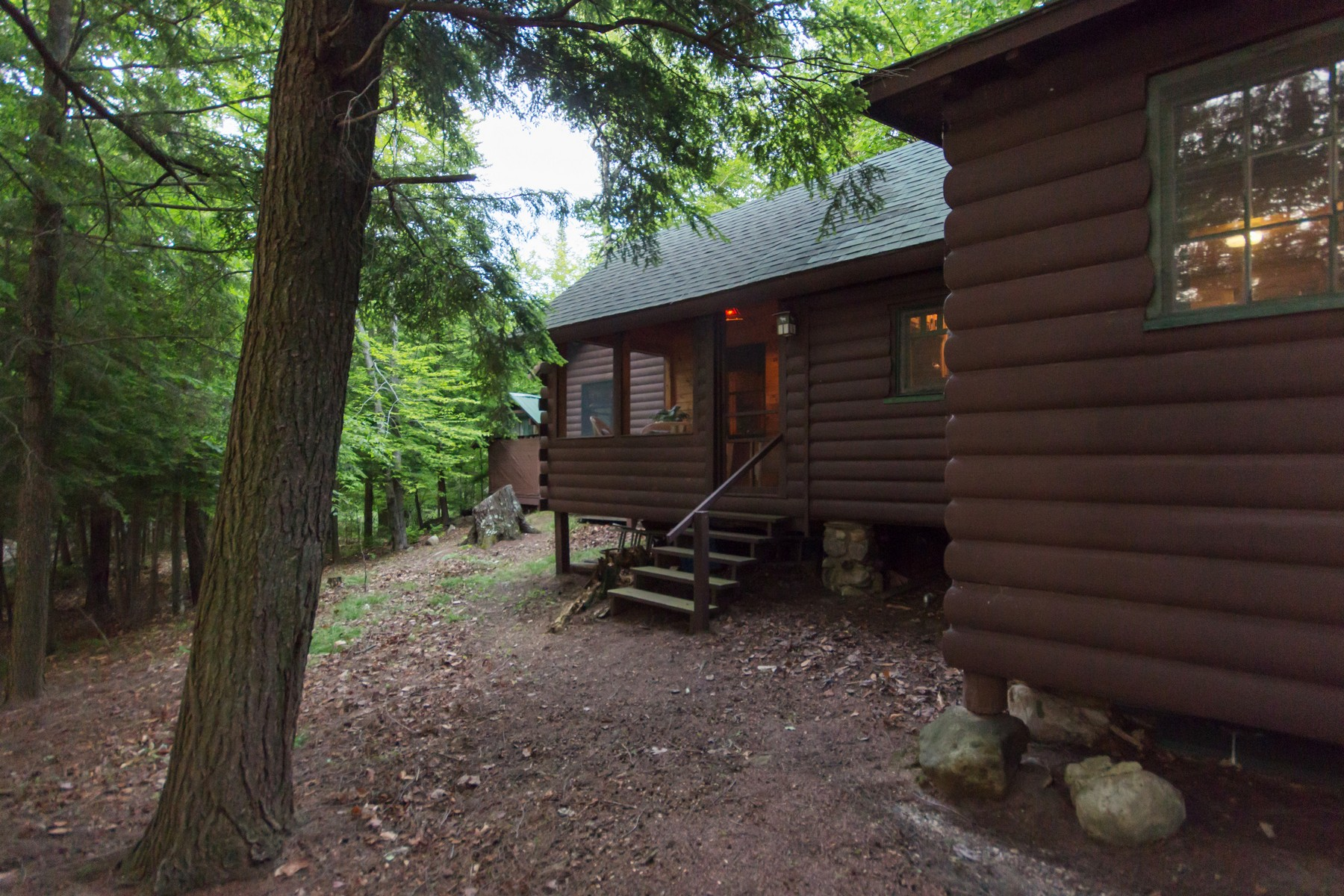 Additional photo for property listing at Private Adirondack Island 175  Sixth Lake Rd. Inlet, New York 13360 États-Unis