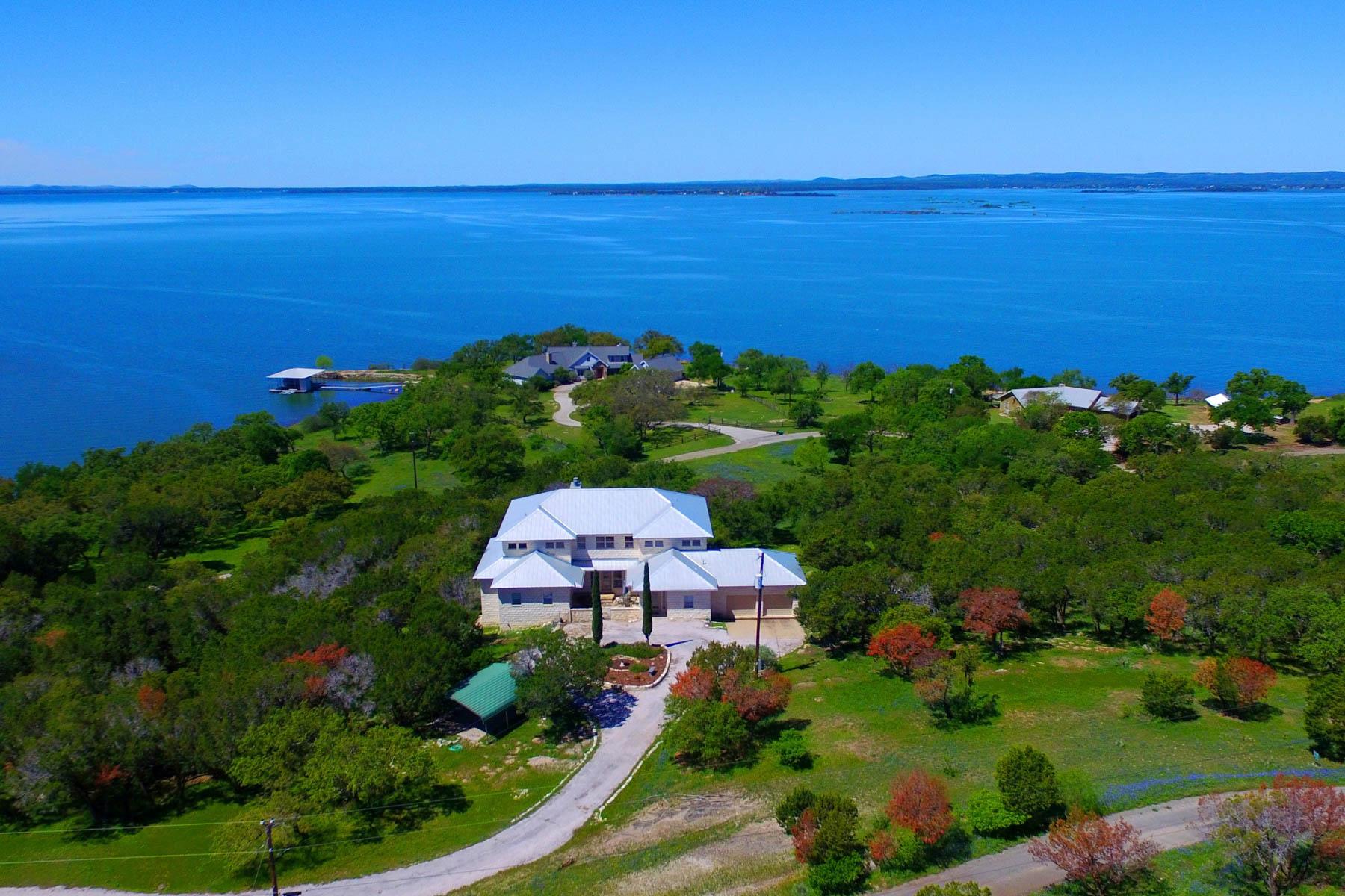 独户住宅 为 销售 在 3-Story Lake Buchanan Home with Great Views 4401 Sunset Cliff 伯内特, 得克萨斯州, 78611 美国