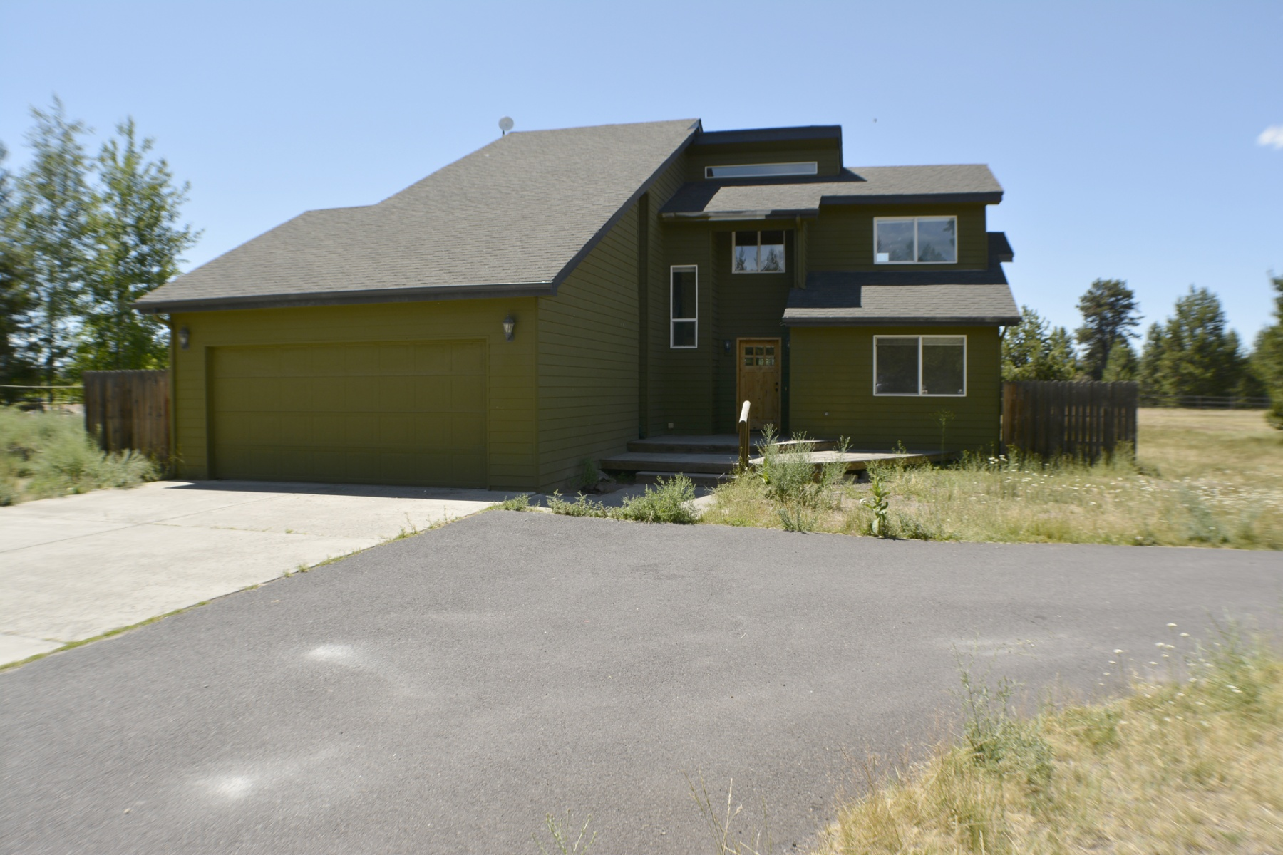 sales property at 55563 Huntington, BEND