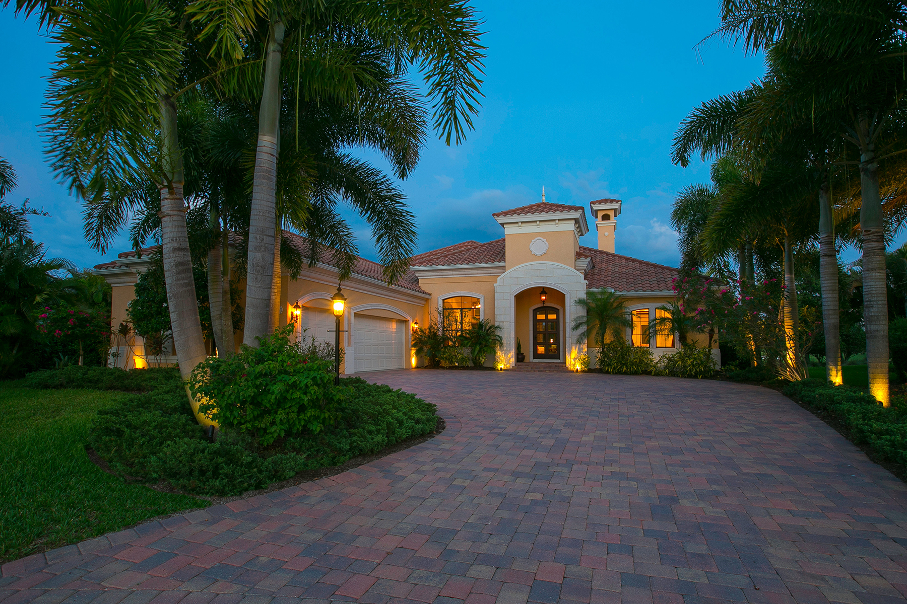 Villa per Vendita alle ore LAKEWOOD RANCH COUNTRY CLUB 7327 Greystone St Lakewood Ranch, Florida 34202 Stati Uniti
