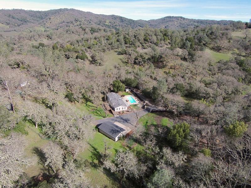 Casa para uma família para Venda às 4645 Monticello Rd, Napa, CA 94558 4645 Monticello Rd Napa, Califórnia 94558 Estados Unidos