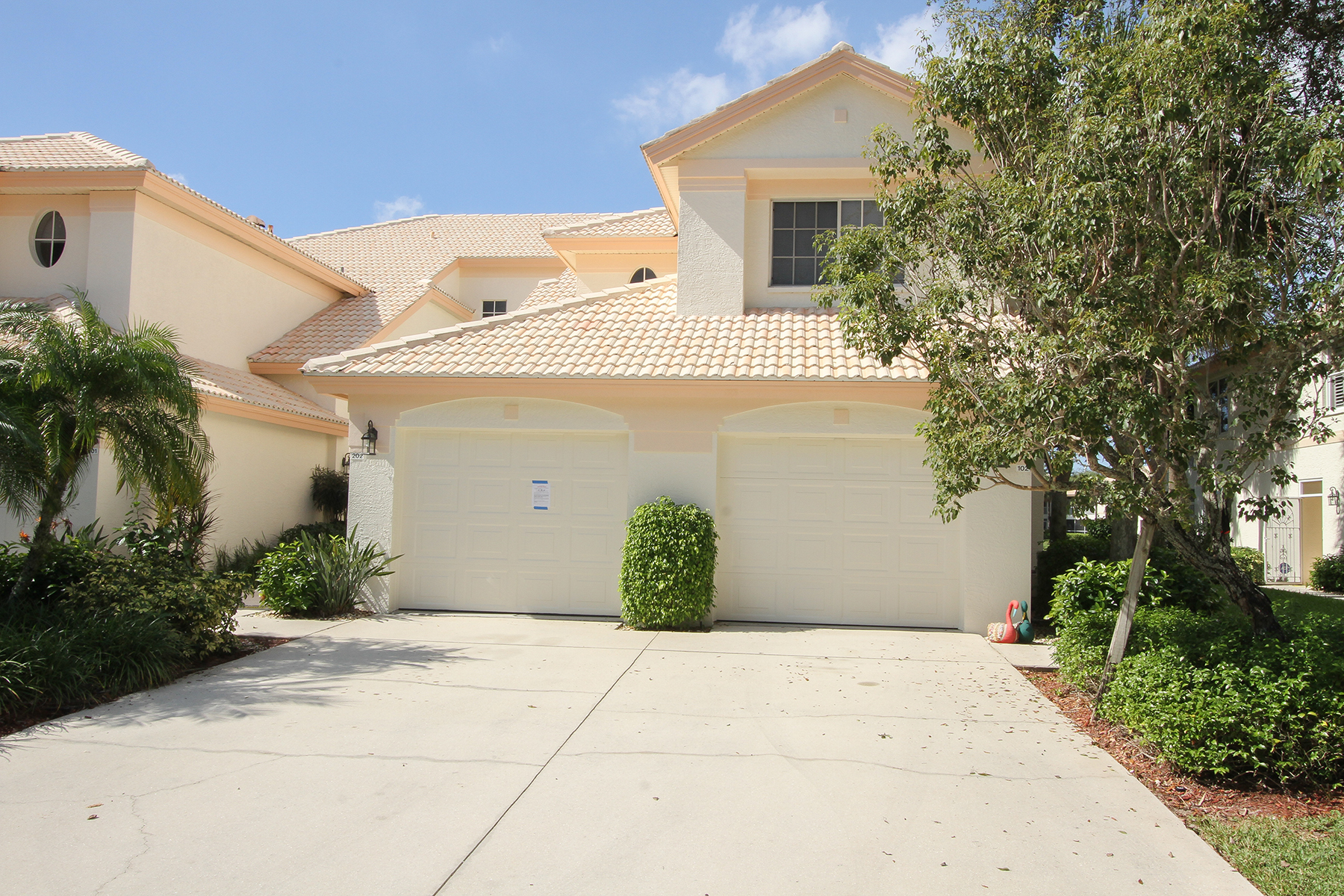 Condo / Townhome / Villa for Rent at 7714 Gardner Dr 102 Naples, Florida 34109 United States