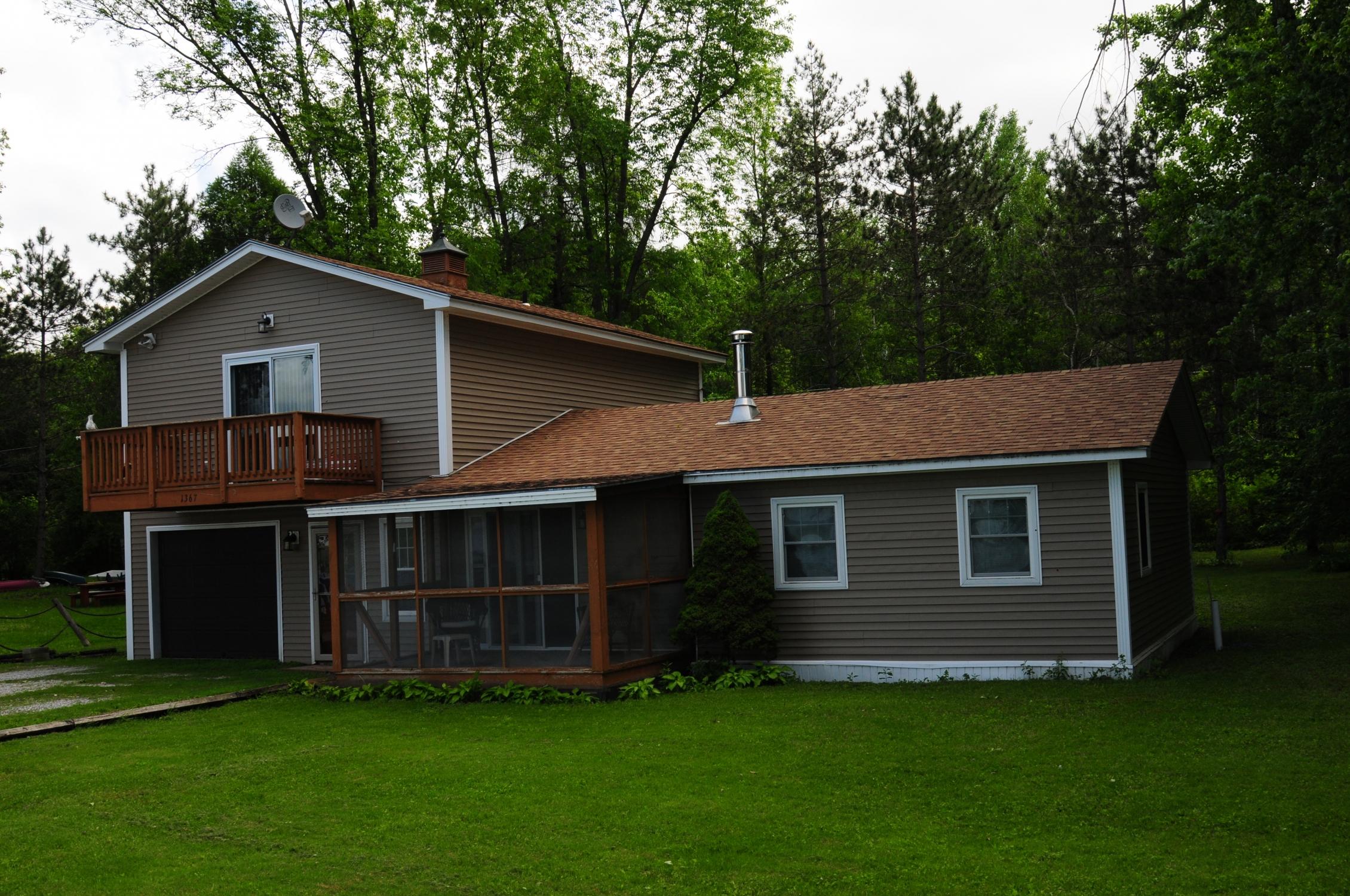 獨棟家庭住宅 為 出售 在 1367 Samson Rd, St. Albans Town St. Albans, 佛蒙特州 05478 美國