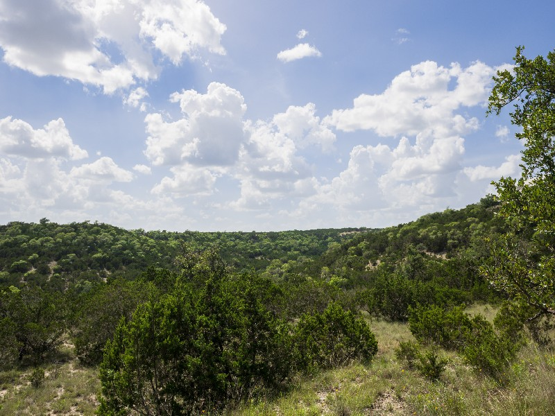 Terreno por un Venta en Lot with Views in The Highlands in Tapatio Lot 7 Preston Trl Boerne, Texas 78006 Estados Unidos