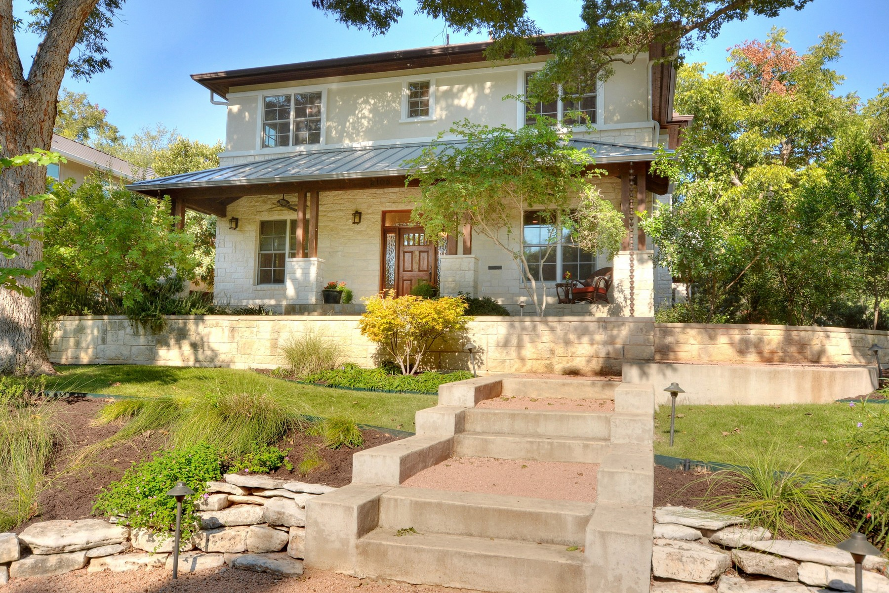 Single Family Home for Sale at Tarrytown at its Best 2108 Schulle Ave Austin, Texas 78703 United States