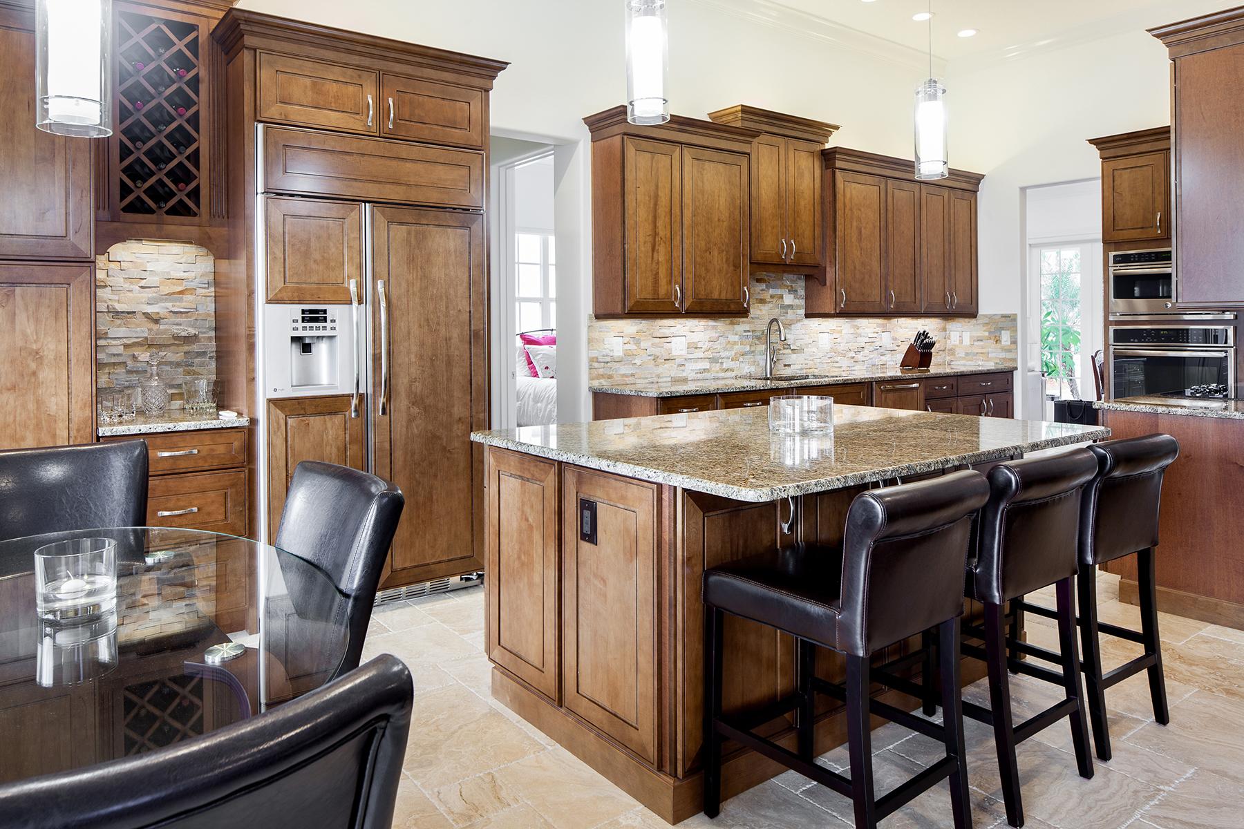 Einfamilienhaus für Verkauf beim ISLAND WALK 3976 Upolo Ln Naples, Florida, 34119 Vereinigte Staaten