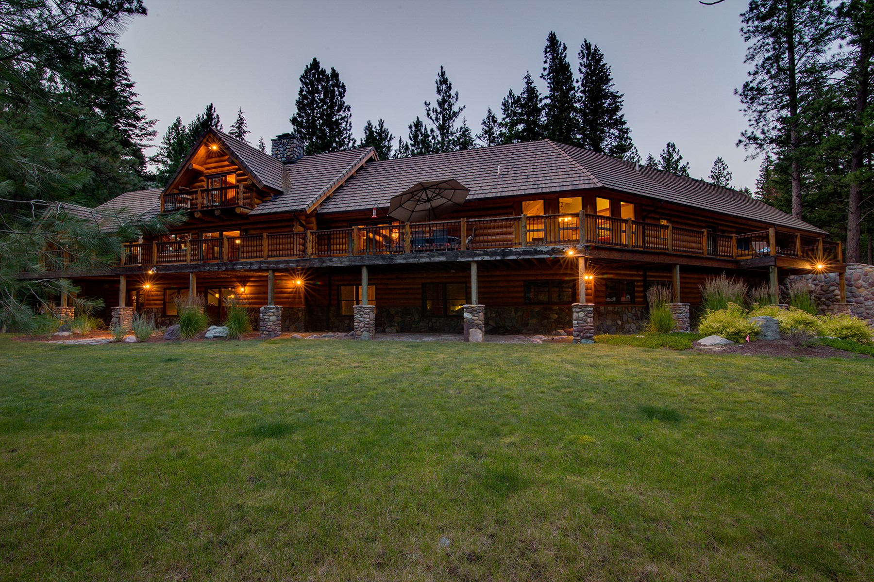 sales property at Blackfoot River Lodge