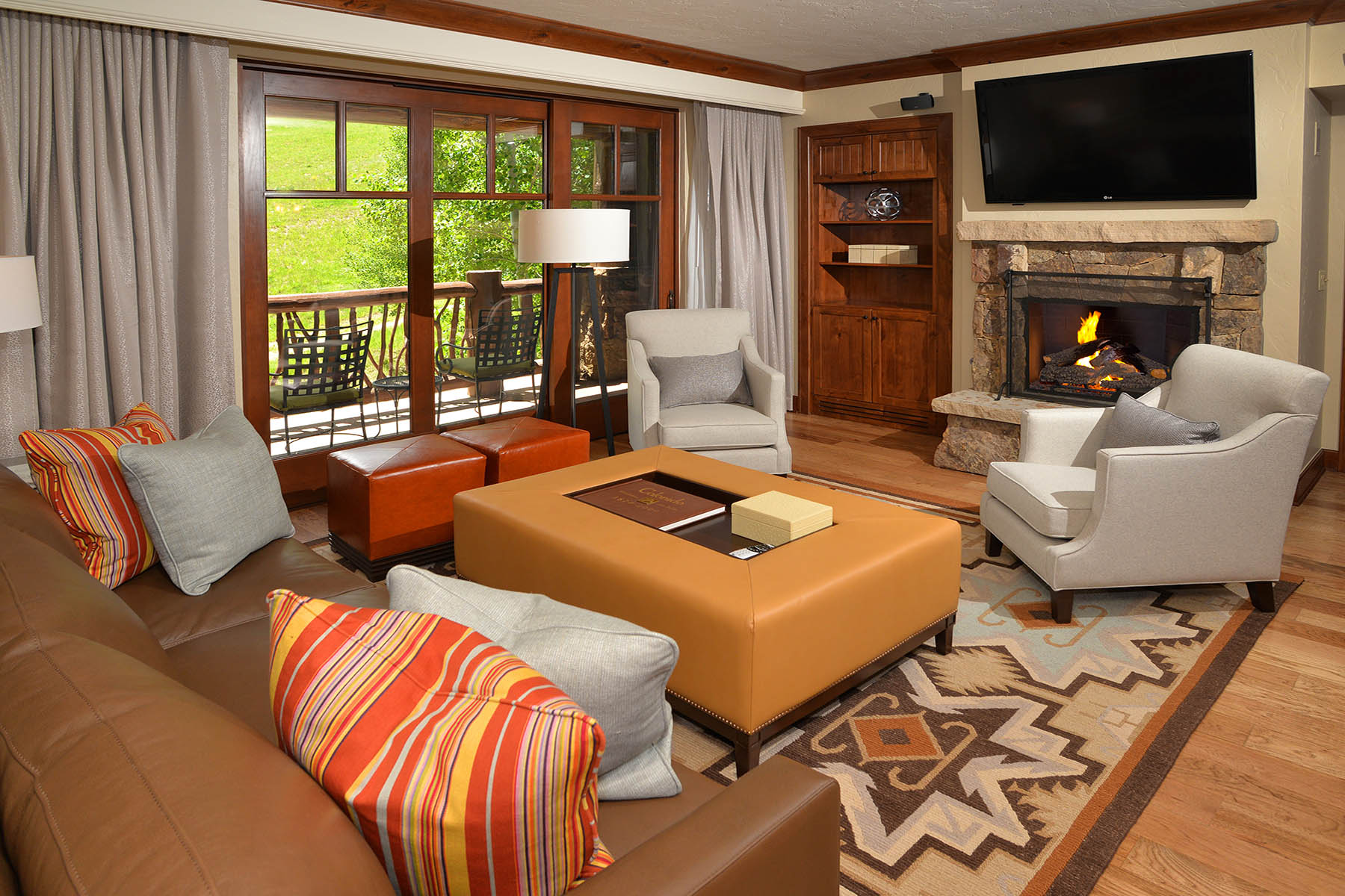 Property For Sale at Large Three Bedroom in Bachelor Gulch