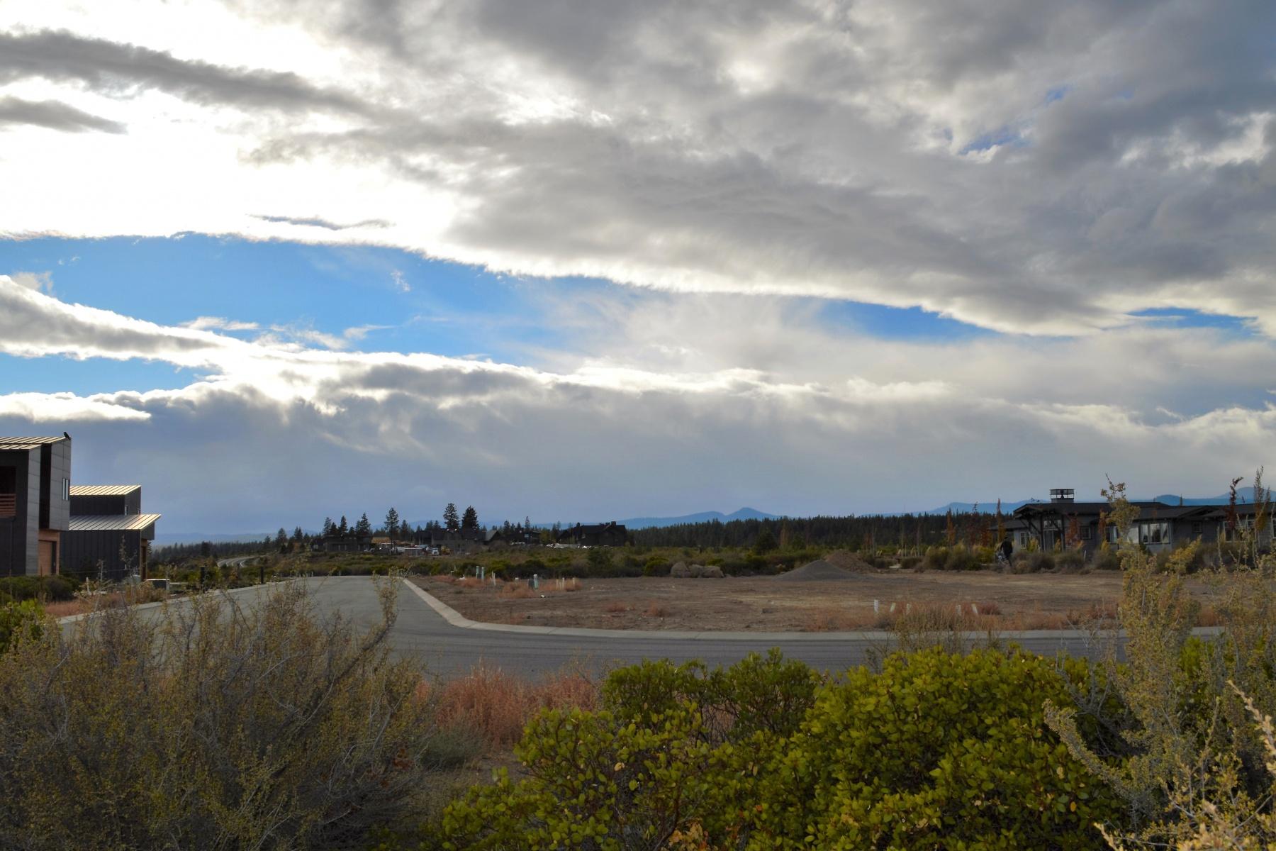 土地 のために 売買 アット 19341 Outrider Loop Lot 11, BEND Bend, オレゴン, 97702 アメリカ合衆国