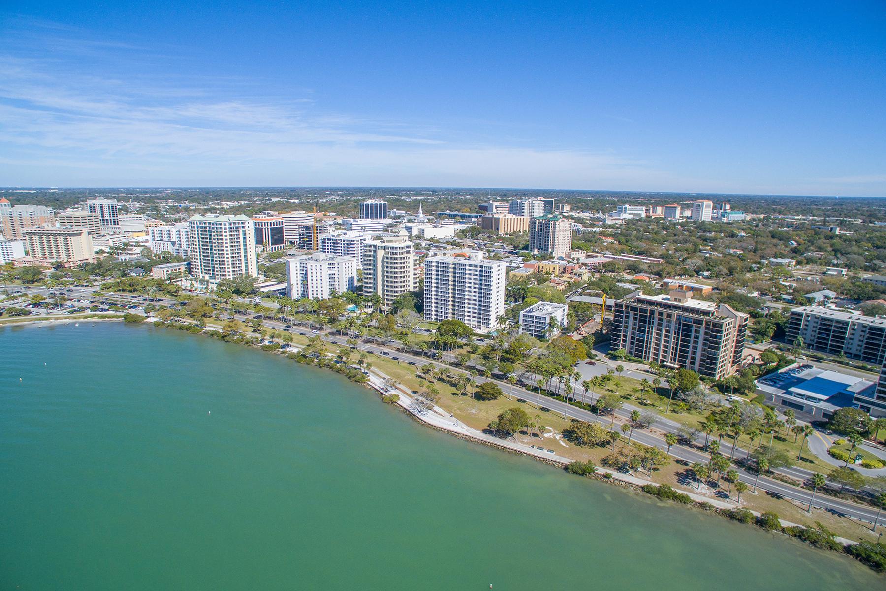 共管物業 為 出售 在 ESSEX HOUSE 707 S Gulfstream Ave 904 Sarasota, 佛羅里達州, 34236 美國
