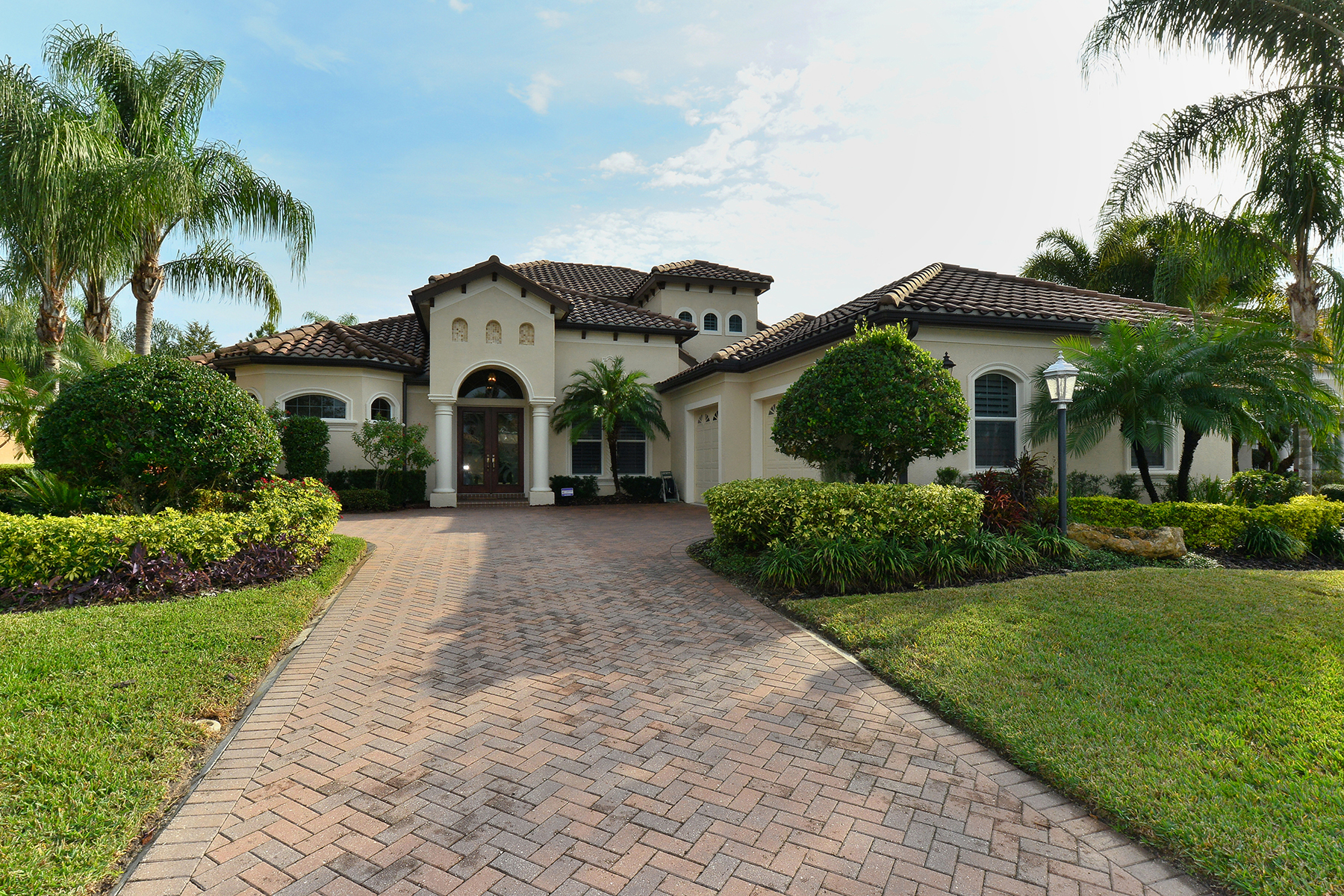 sales property at LAKEWOOD RANCH COUNTRY CLUB