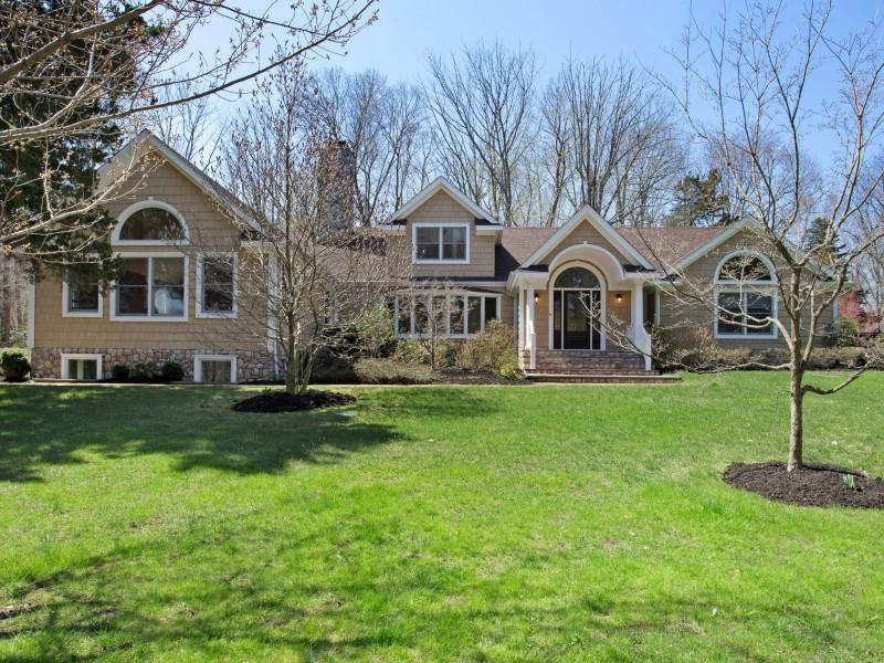 Villa per Vendita alle ore Farm Ranch 5 Pheasant Cir Lloyd Harbor, New York 11743 Stati Uniti