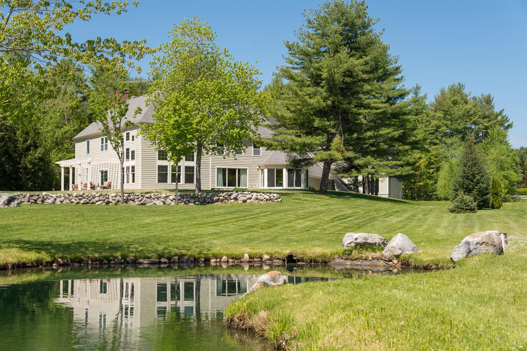 Villa per Vendita alle ore 59 Country Club Lane, New London 59 Country Club Ln New London, New Hampshire 03257 Stati Uniti