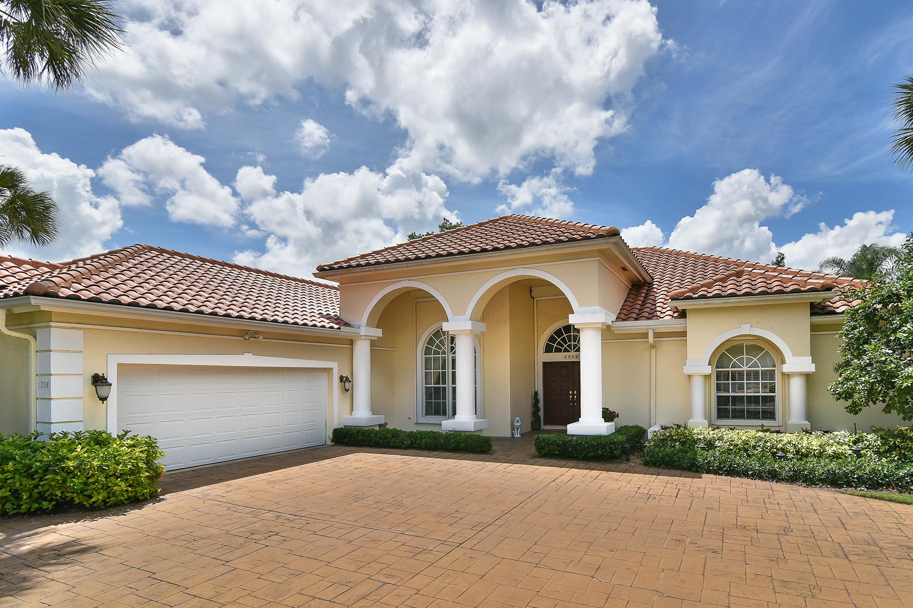 Nhà ở một gia đình vì Bán tại PELICAN BAY - BARRINGTON Naples, Florida 34108 Hoa Kỳ