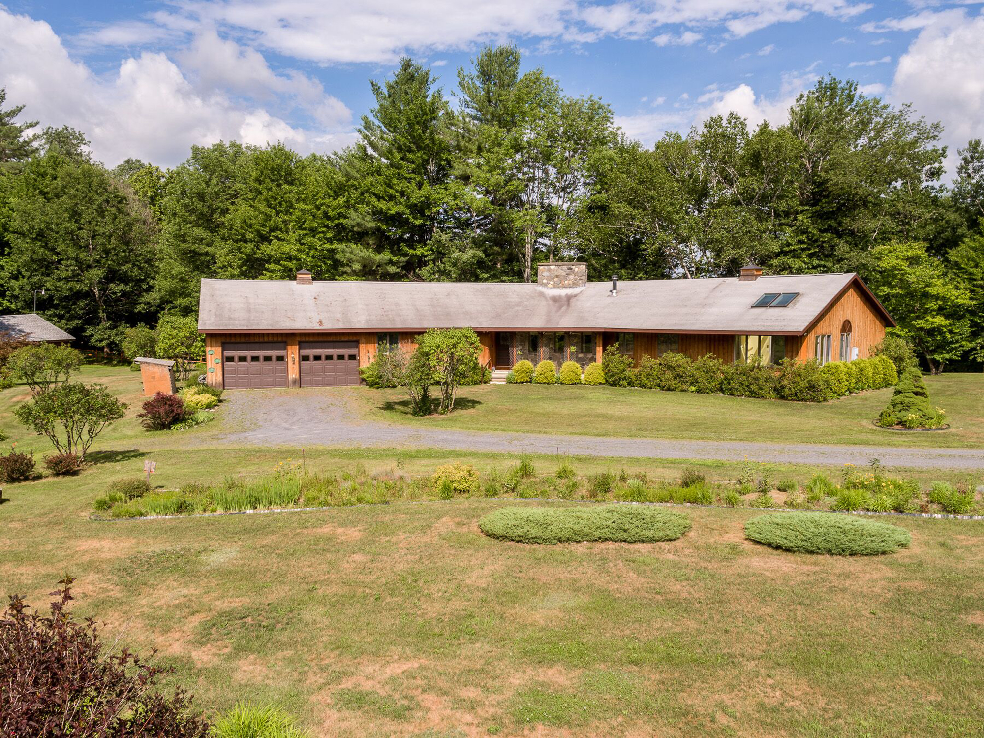 Single Family Home for Sale at 916 Mt. Moosilauke, Haverhill 916 Mt. Moosilauke Hwy Haverhill, New Hampshire, 03765 United States