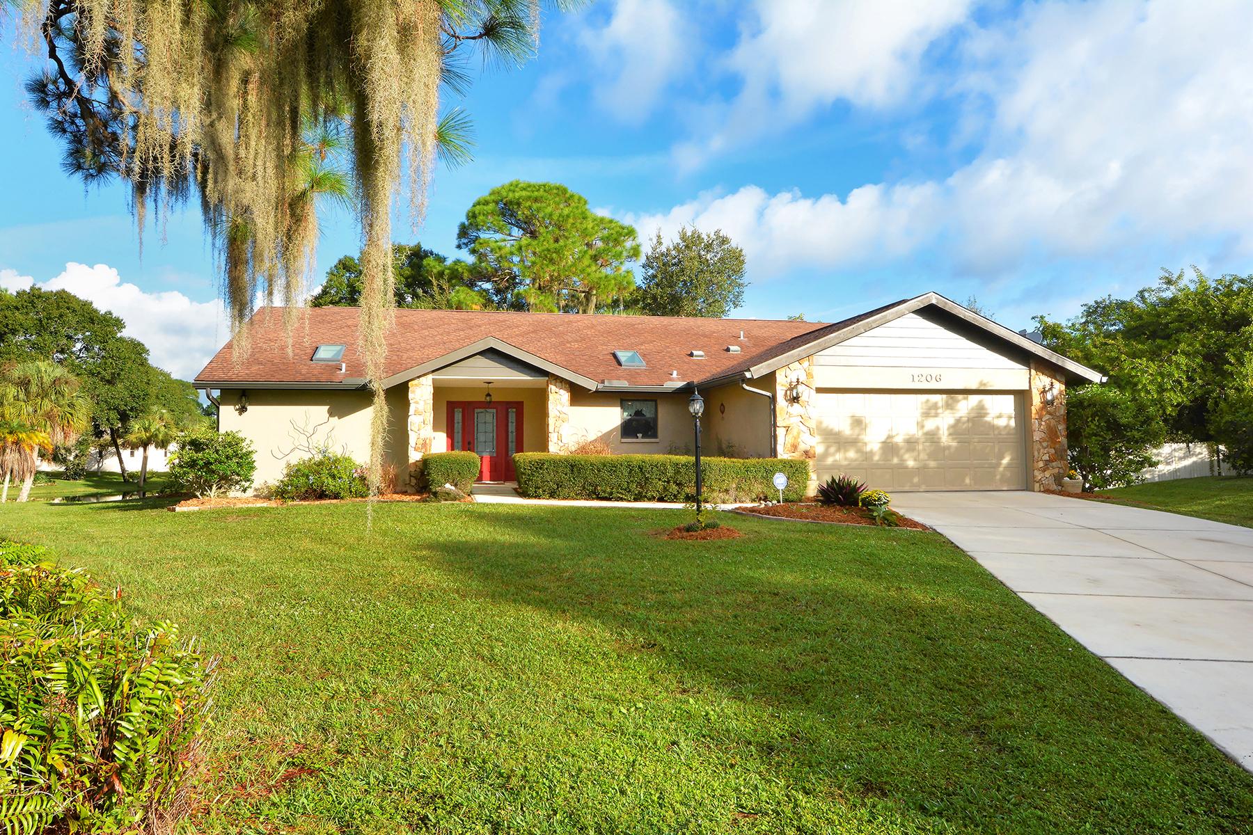 Single Family Home for Sale at LAUREL PINES 1206 Laurel Pines Cir Nokomis, Florida 34275 United States
