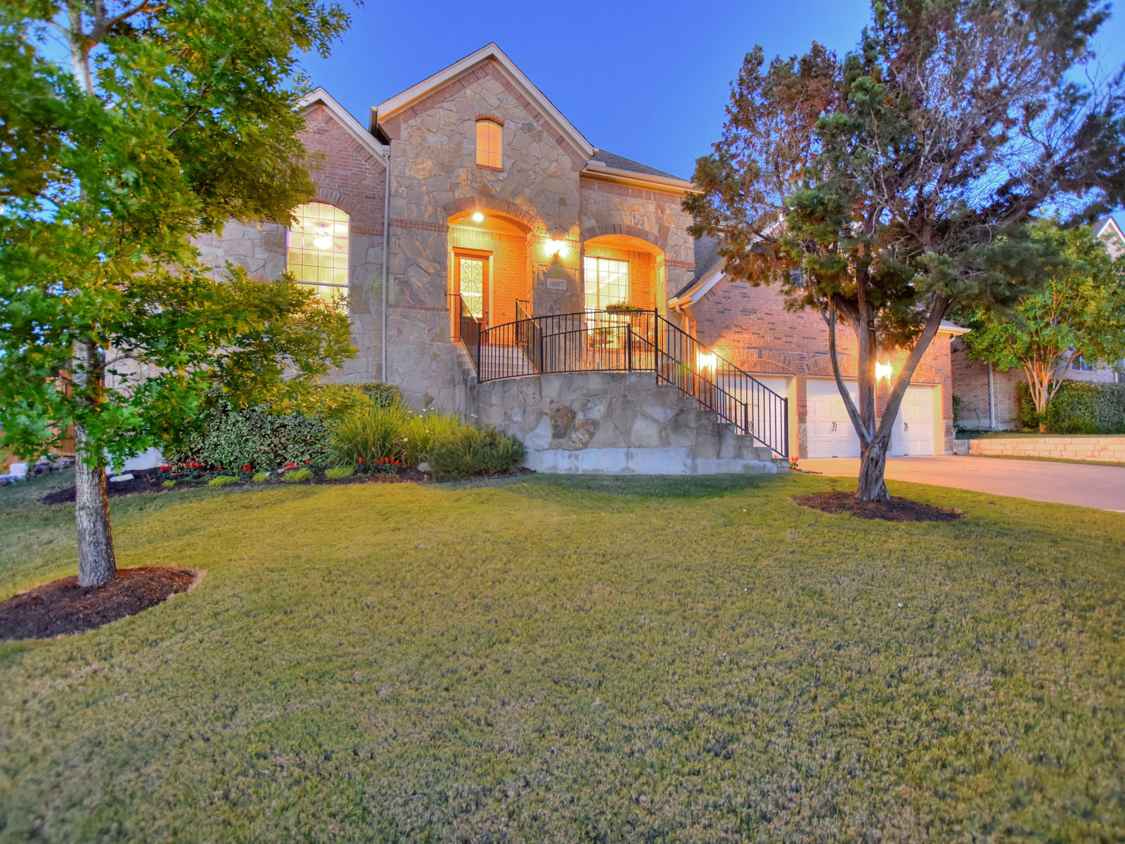 Single Family Home for Sale at 130 Empire, Austin 130 Empire Ct Austin, Texas 78737 United States
