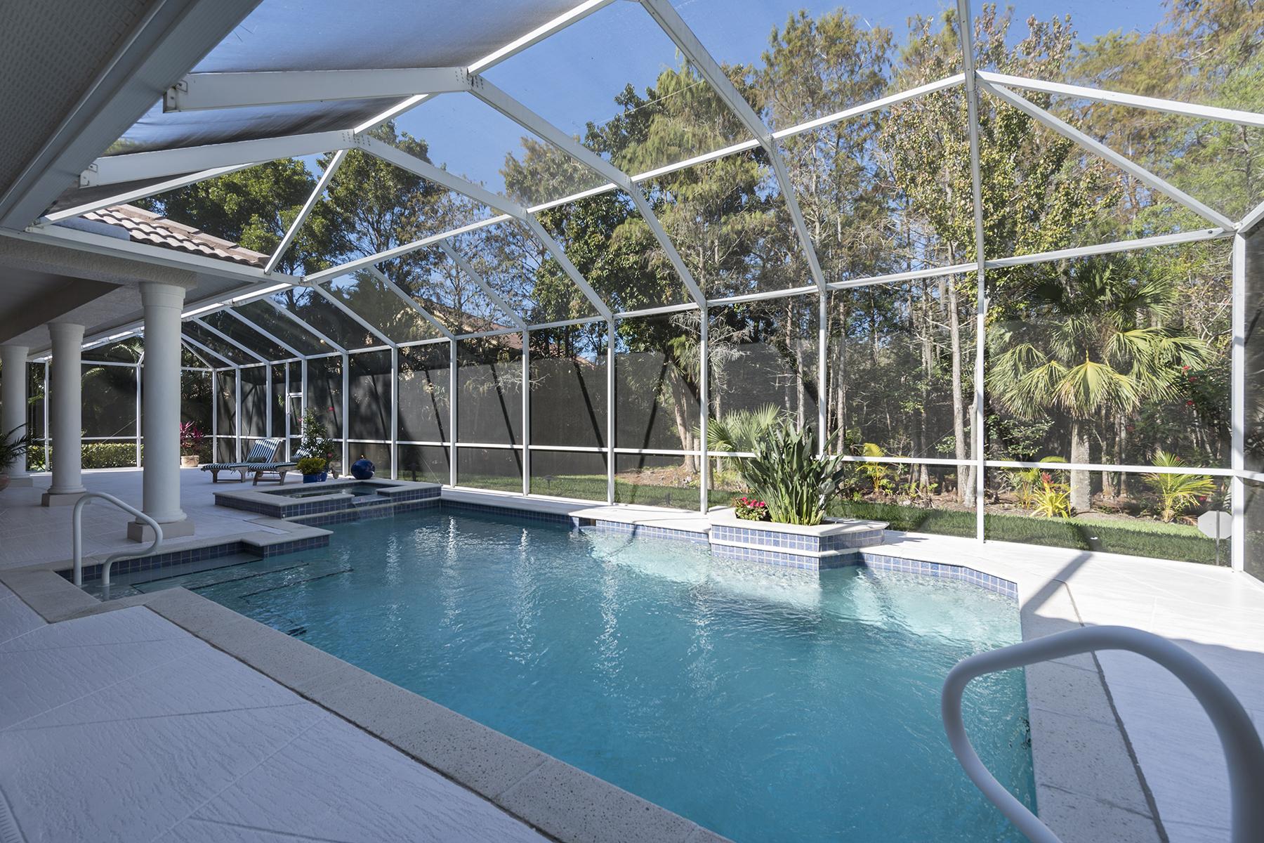 단독 가정 주택 용 매매 에 HAWKSRIDGE 2271 Hawksridge Dr Naples, 플로리다, 34105 미국